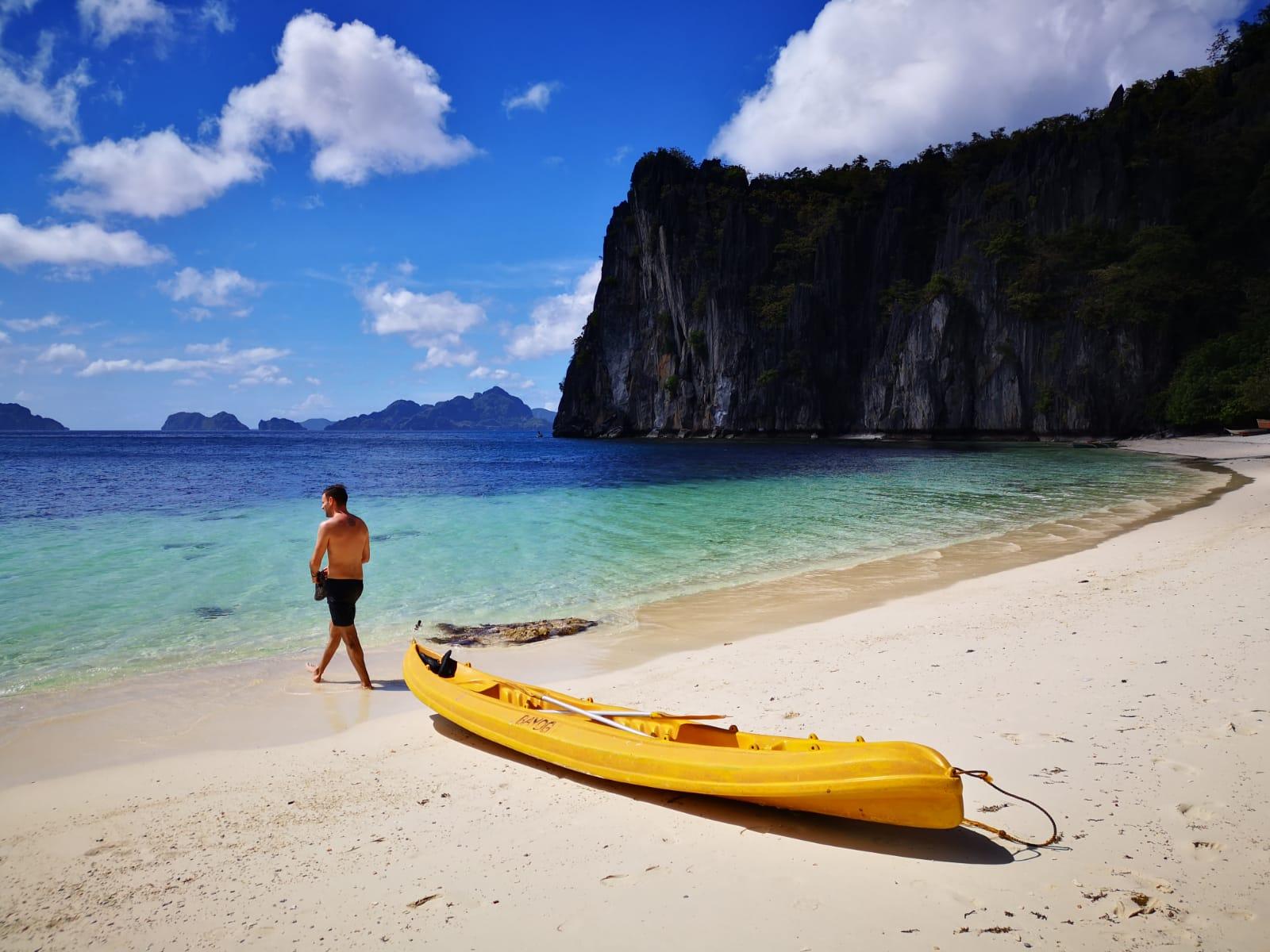 Philippines_redhead_round_the_world_travel_blogger_6.JPG