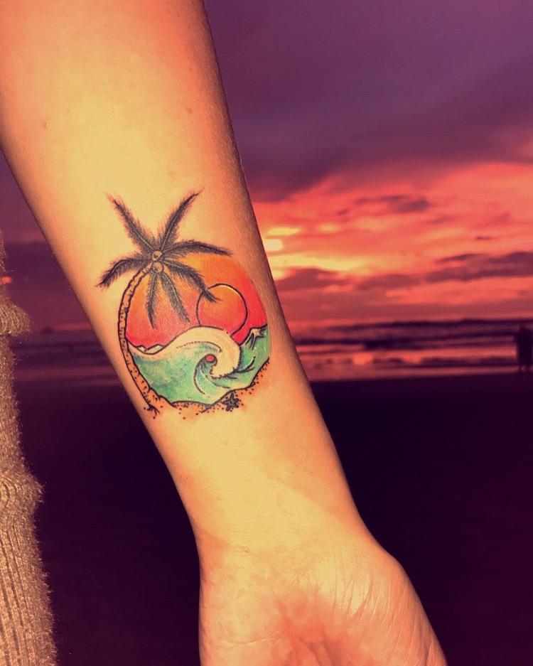 travel-blog-blogger-redhead-round-the-world-costa-rica-tattoo-sunset.JPG