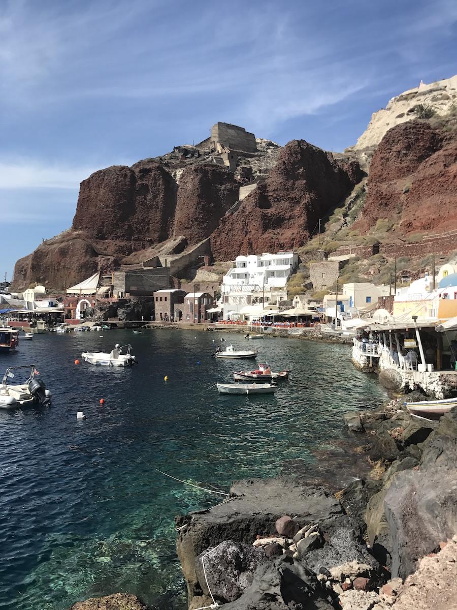 travel-blog-blogger-redhead-round-the-world-greece-santorini-2.JPG
