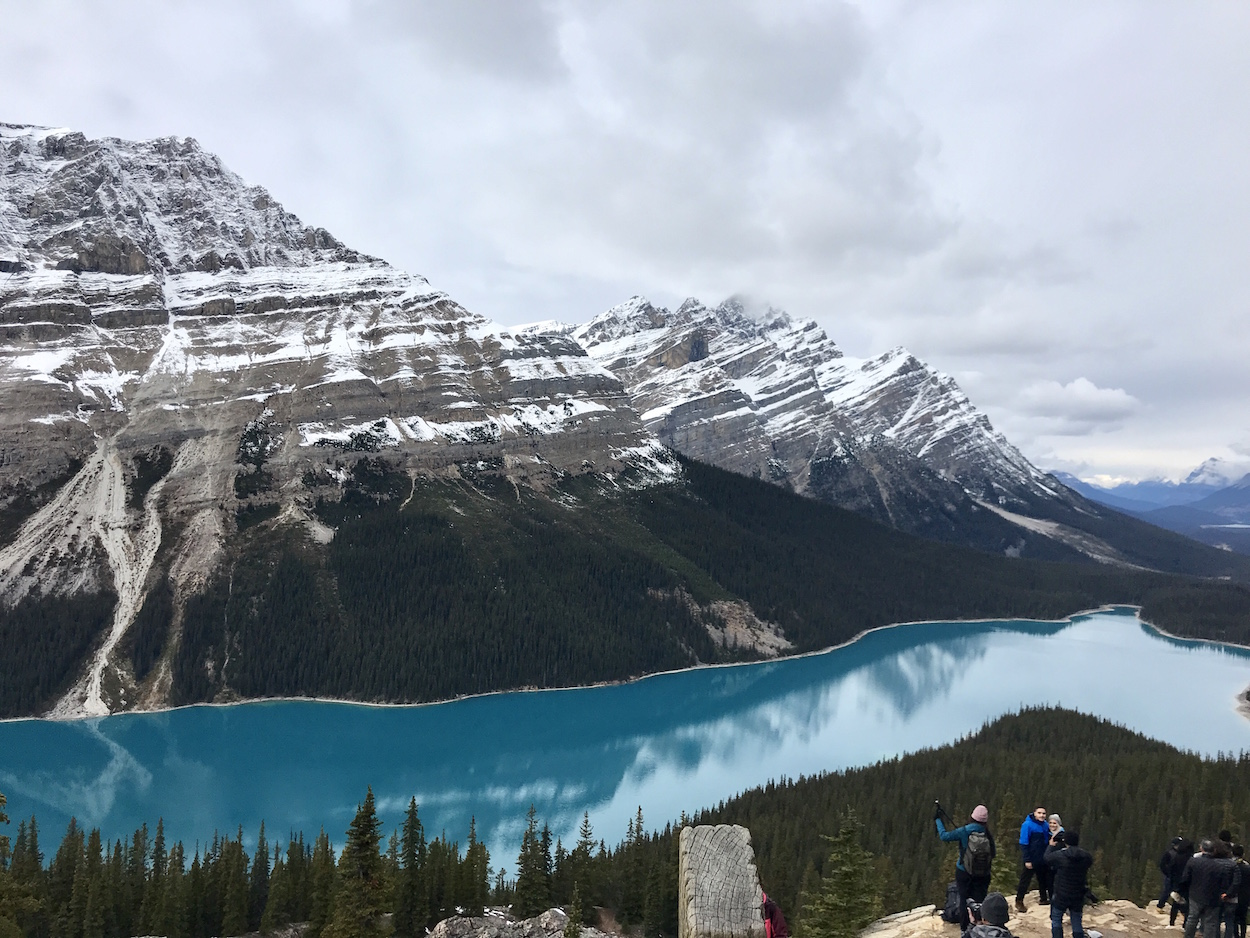 travel-blog-blogger-redhead-round-the-world-canada-calgary-peyto-lake-snow.jpg
