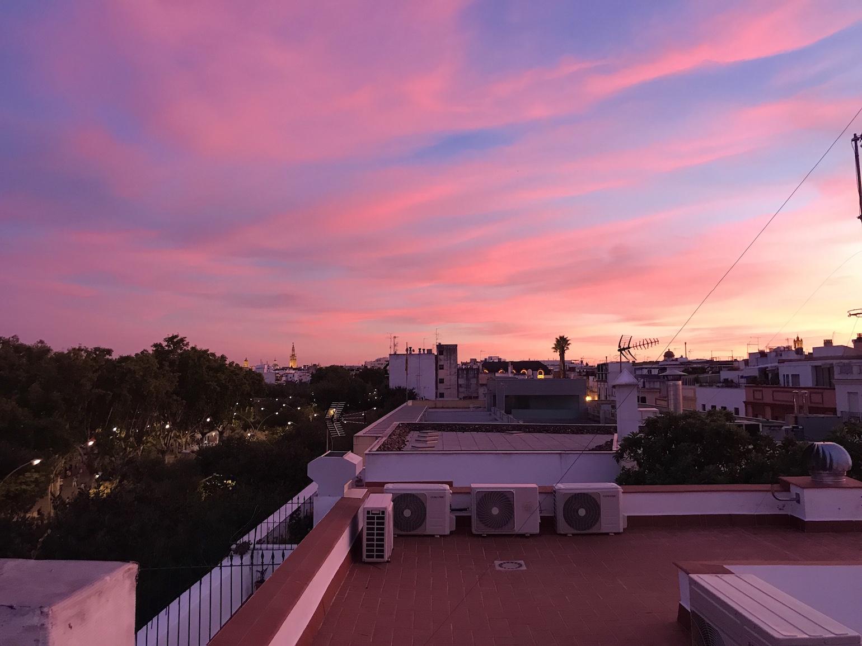travel-blog-blogger-redhead-round-the-world-sevilla-spain-sunset.jpg