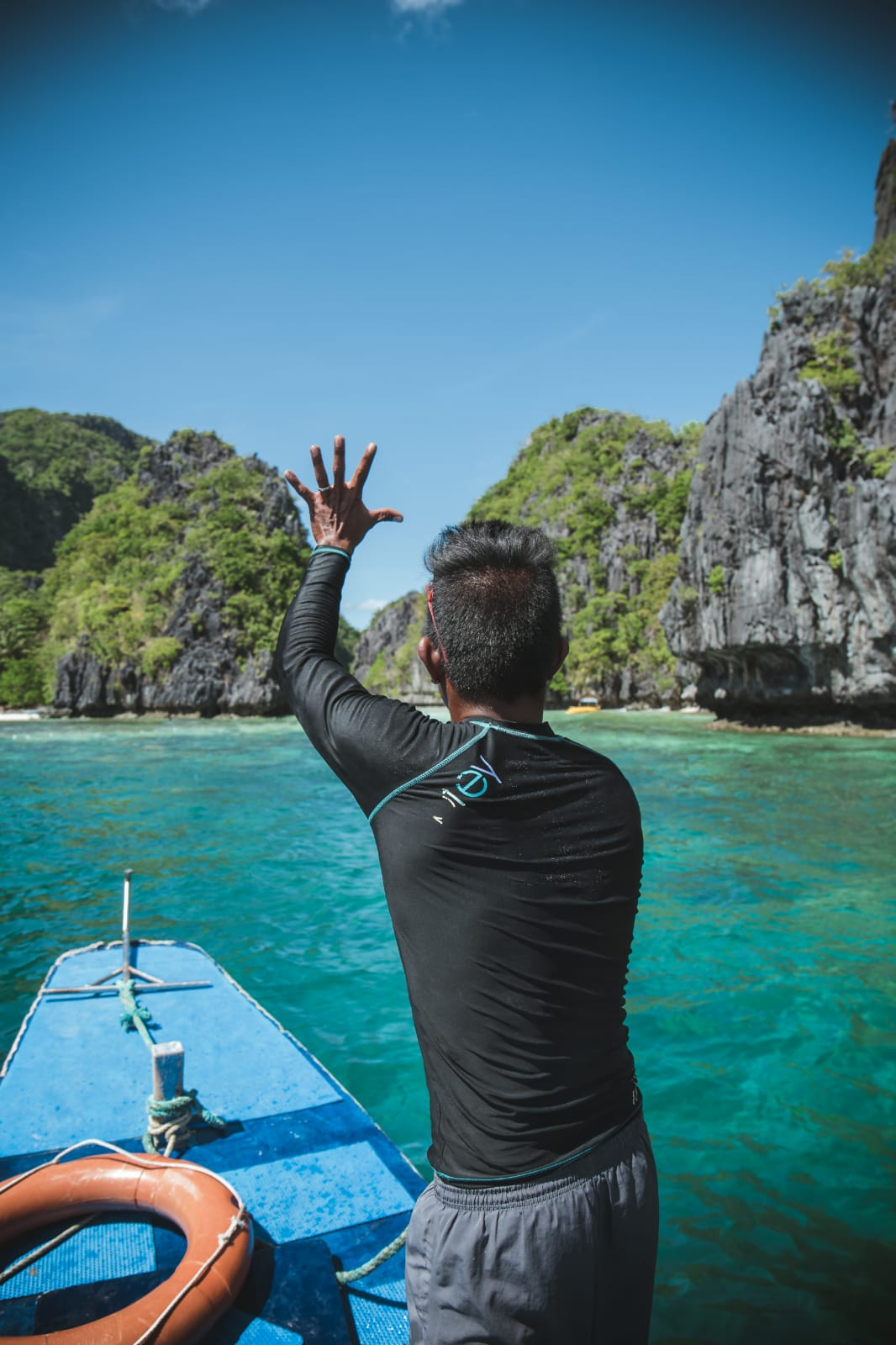 travel-blog-blogger-redhead-round-the-world-philippines-boat-el-nido-island.jpg