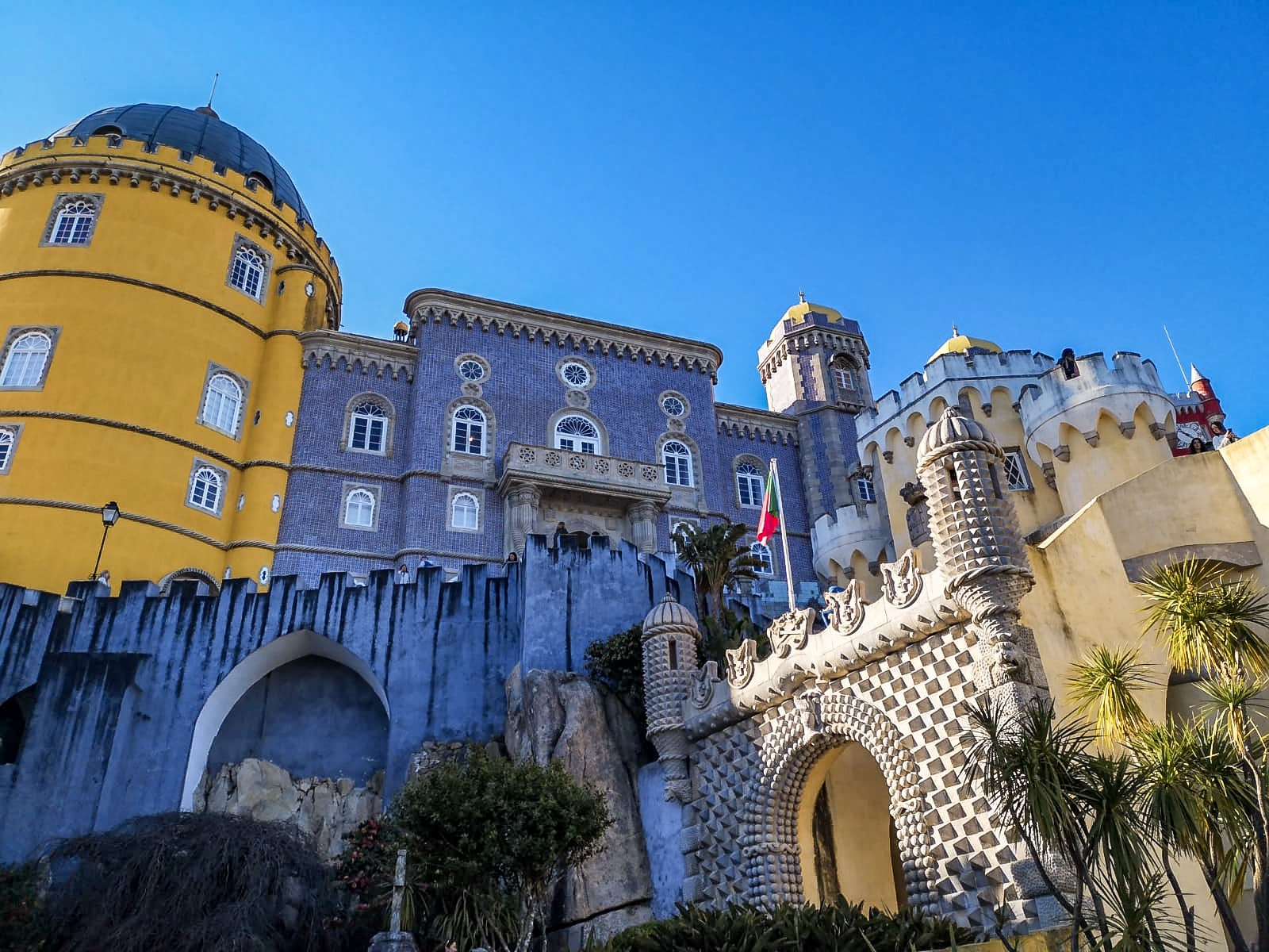 redhead-round-the-world-blog-blogger-portugal-europe-sintra-pena-palace-castle.JPG
