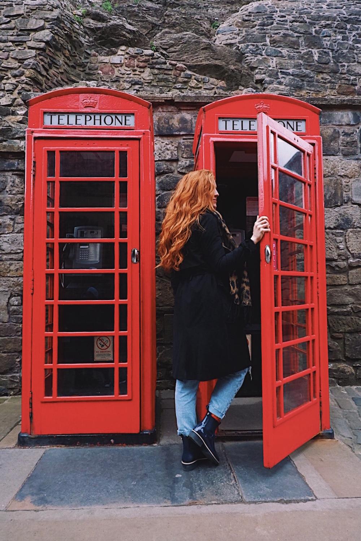 redhead-round-the-world-scotland-blogger-travel-edinburgh-telephone-booth-red.jpg