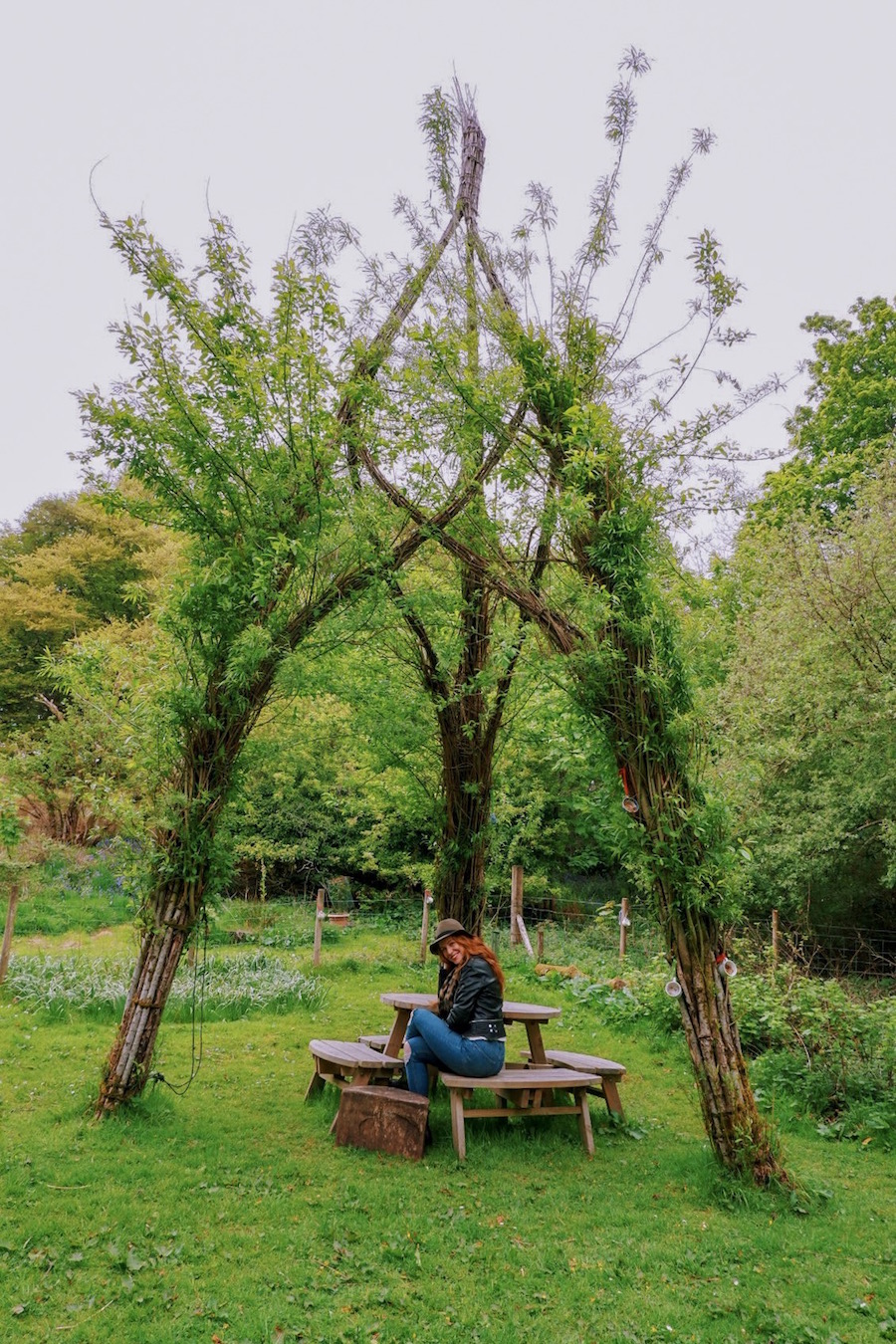 redhead-round-the-world-scotland-blogger-travel-green-oban-castle.JPG
