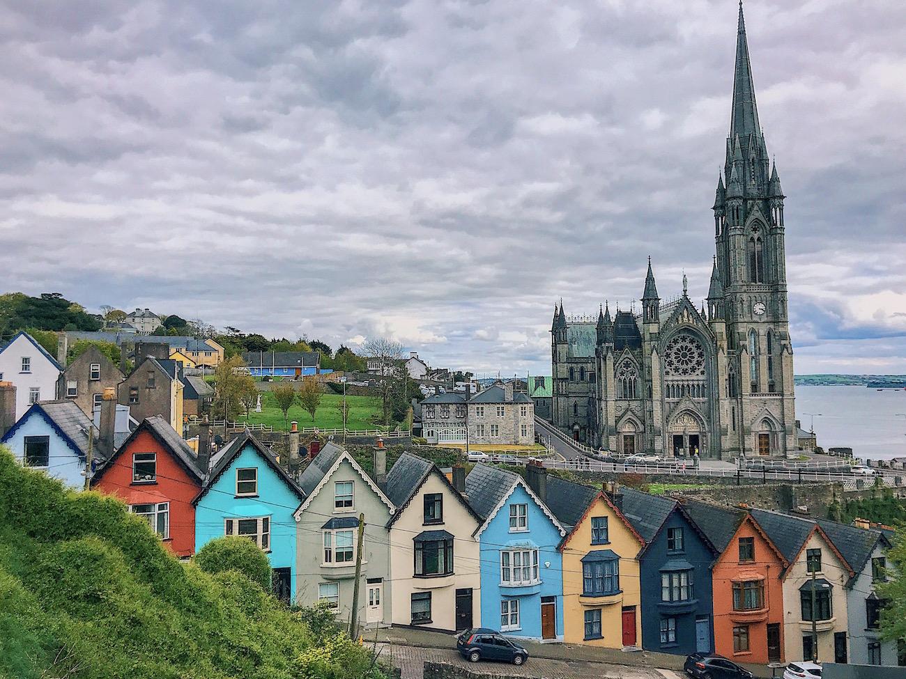 redhead-round-the-world-blogger-ireland-destinations-cobh-church-houses-colours.JPG