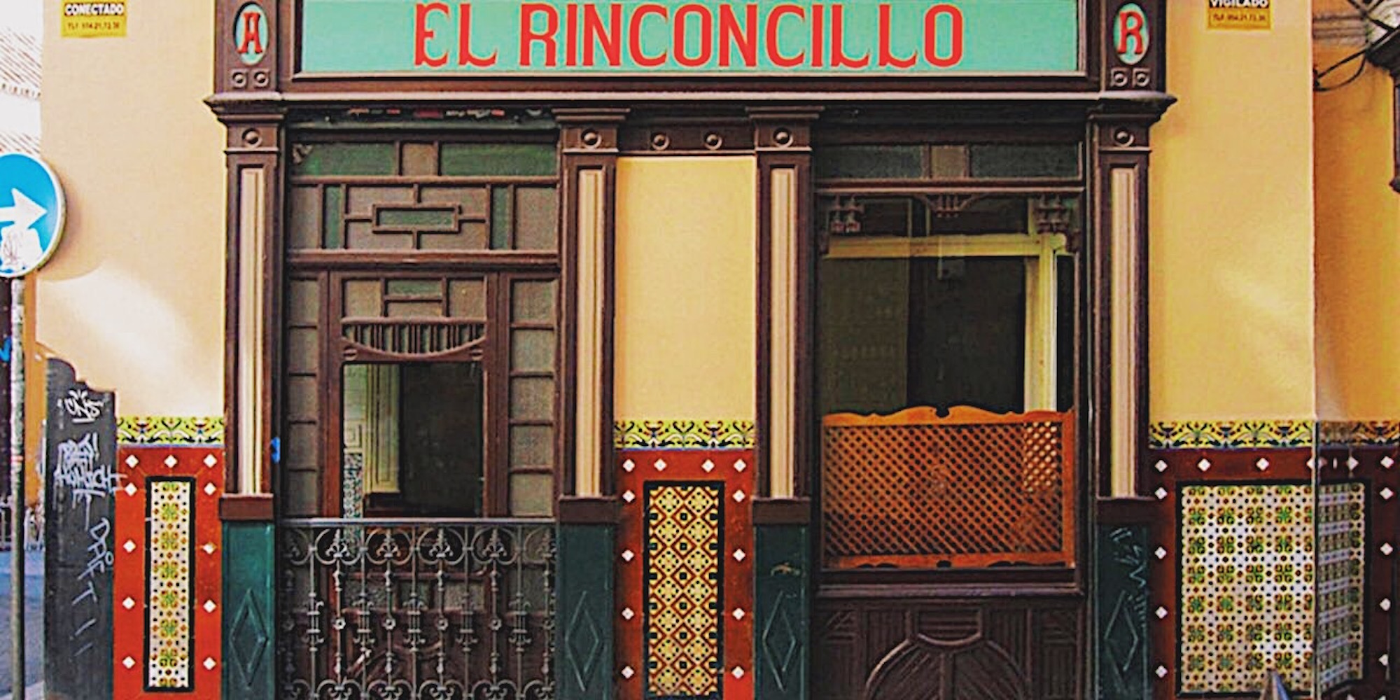 redhead-round-the-world-blogger-food-foodie-foodblog-spain-el-rinconcillo-front.JPG