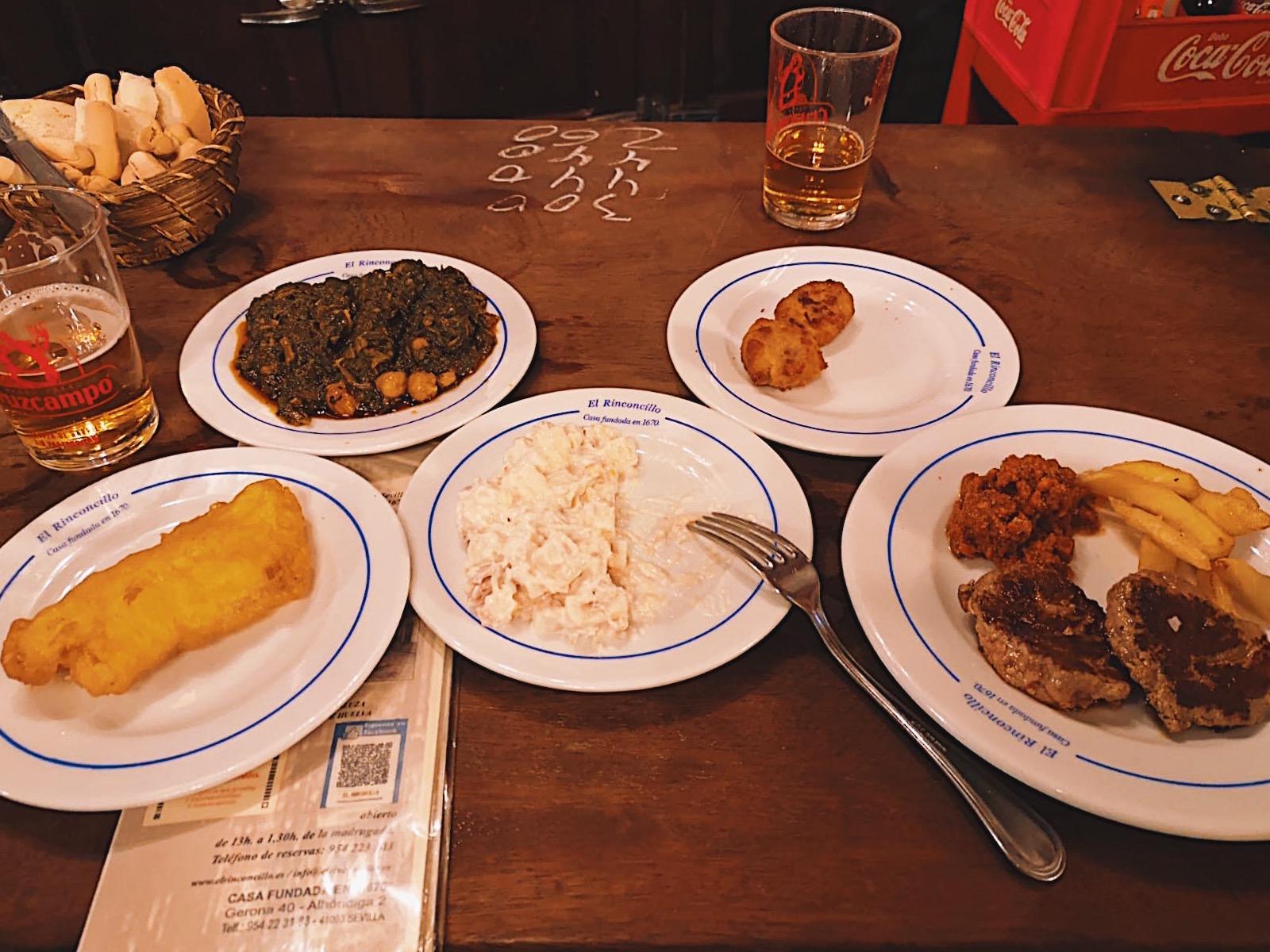 redhead-round-the-world-blogger-food-foodie-foodblog-spain-el-rinconcillo-food-beer-fish-menu.JPG