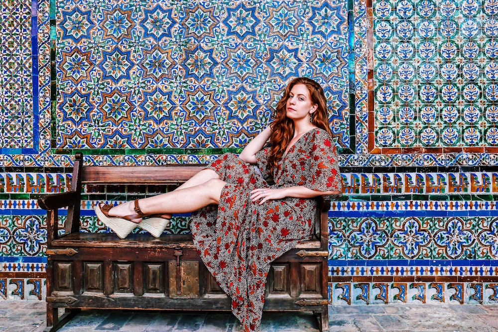 redhead-round-the-world-blogger-seville-casa-de-pilatos-dress-colours.JPG