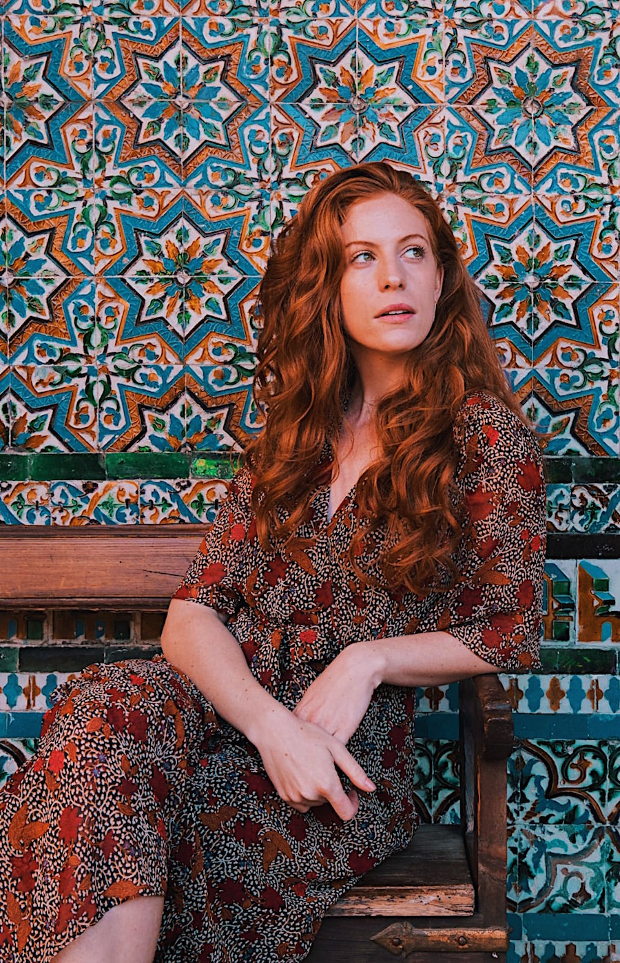 redhead-round-the-world-blogger-seville-casa-de-pilatos-tiles.JPG