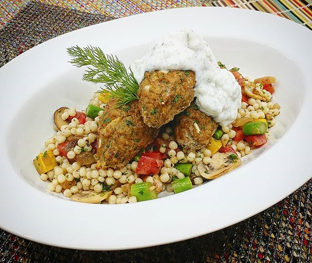Turkey Kofta with Whole Wheat Couscous, Spring Vegetables, and Tzatziki Sauce  New meals and website coming soon!!! Visit www.madetofitmeals.com. Use promo code: getfit2019 for 10%off & free delivery. #madetofitmeals #mealprepping #fitness #organicfood #naturalfood #wholefoods #healthyfood #paleodiet #ketodiet #lowcarbdiet #localfood #seattlefood #crossfit #bodybuilding #yoga #pilates #newparents #collegestudent #athlete #seniorliving #disabled #busy #cheflife
