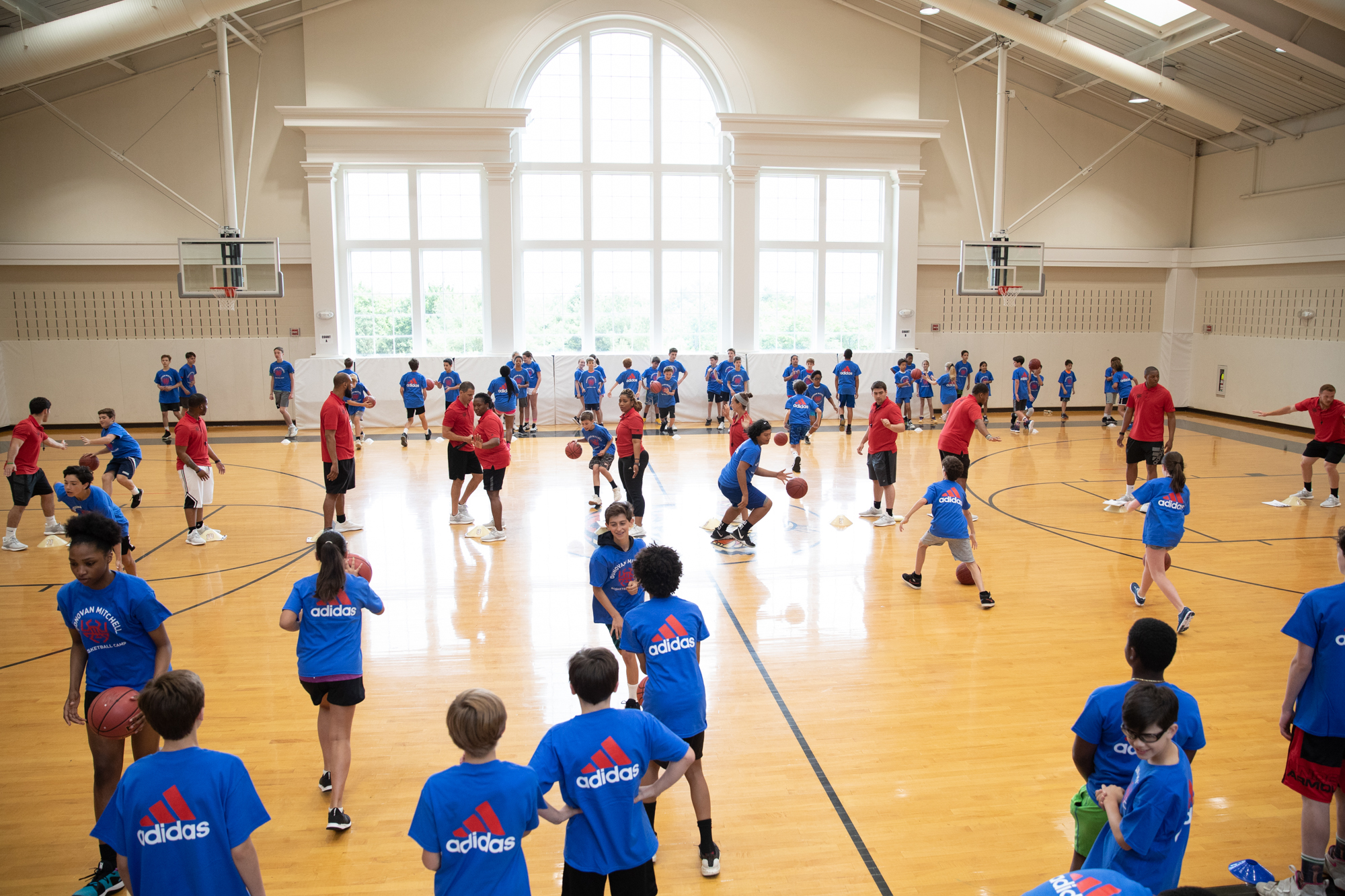 190601-donovan-mitchell-basketball-camp-grade5-9-WH-4016 copy.jpg
