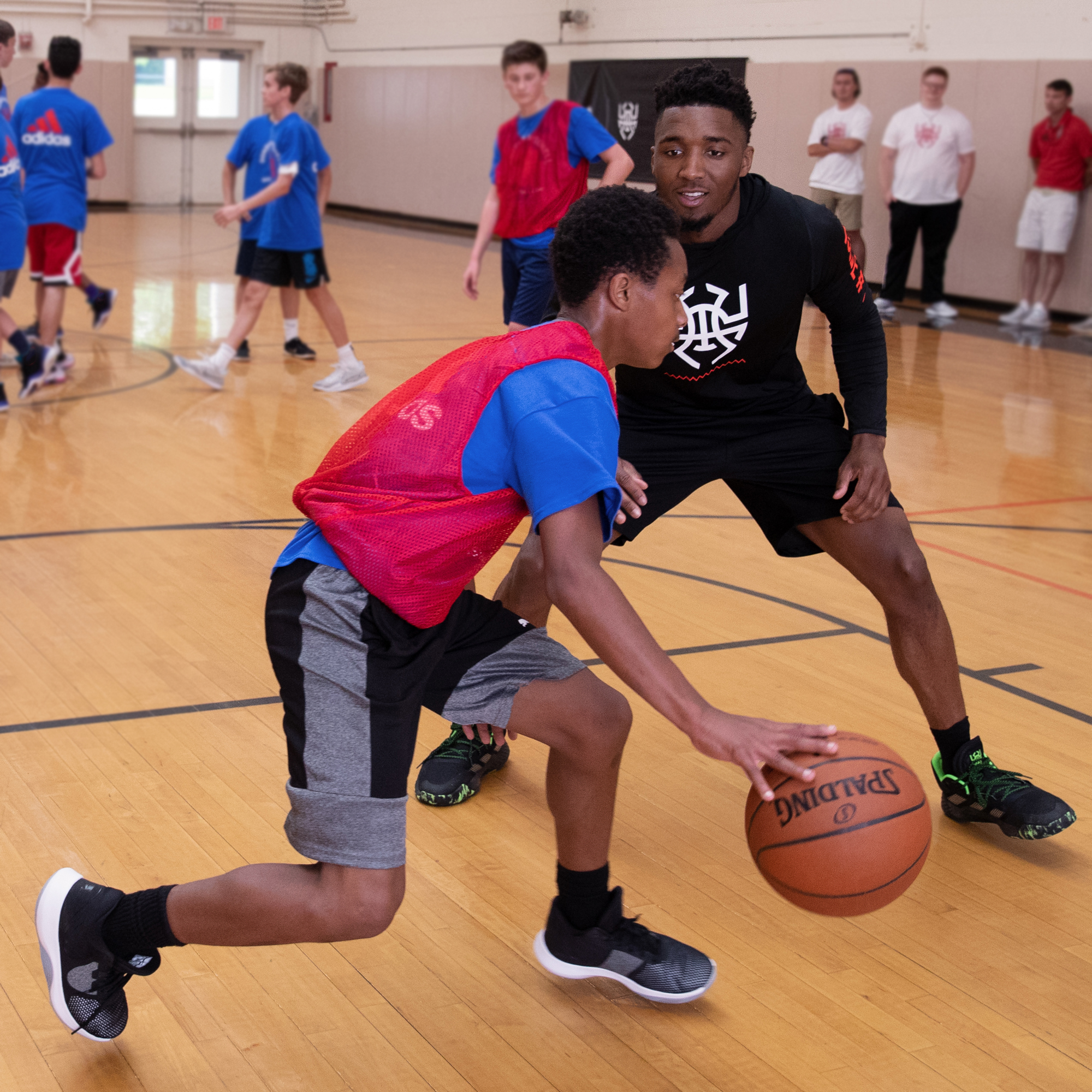 190601-donovan-mitchell-basketball-camp-grade5-9-WH-4467-c.jpg