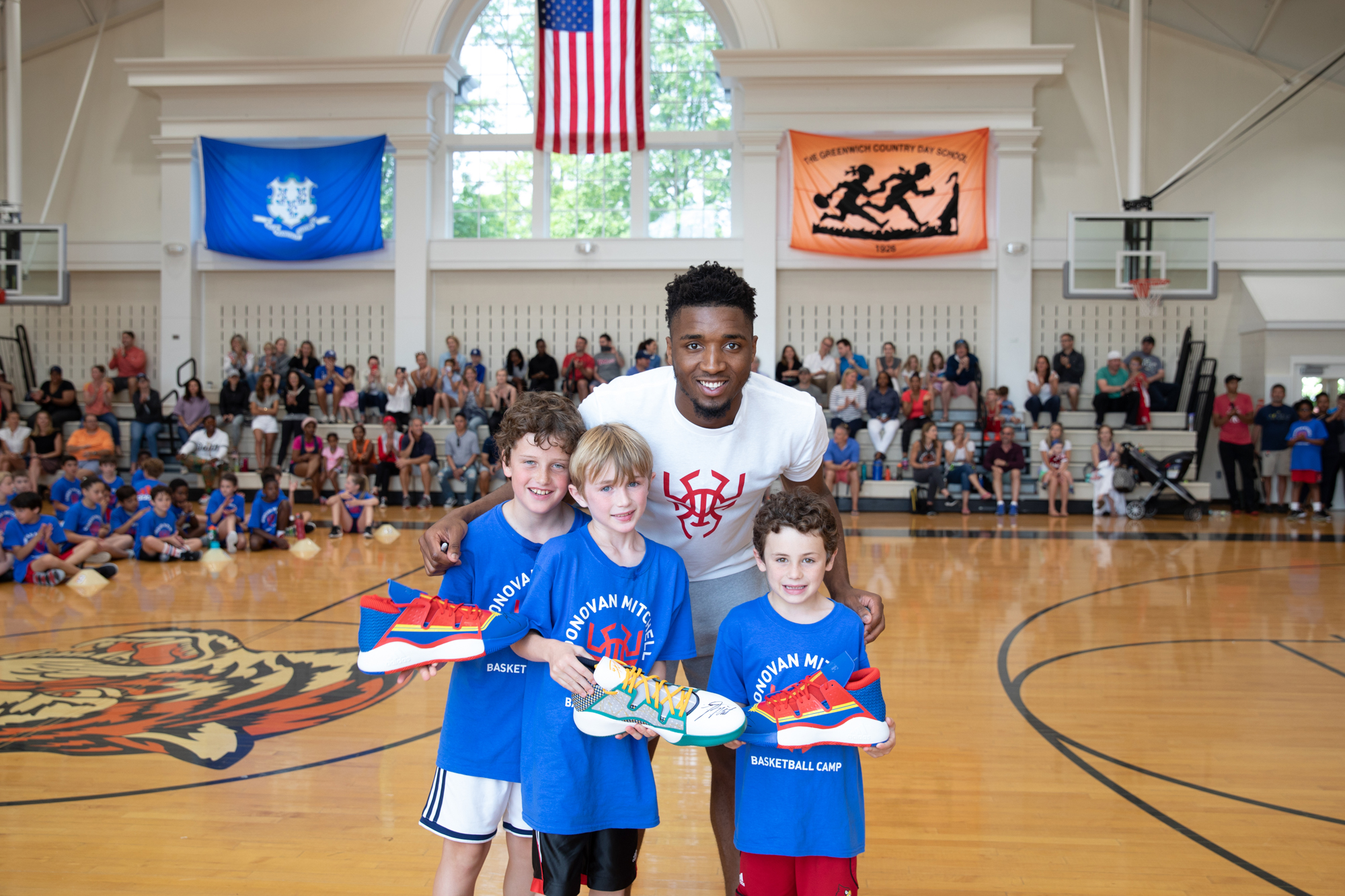 190602-donovan-mitchell-basketball-camp-grades1-4-WH-1465 copy.jpg