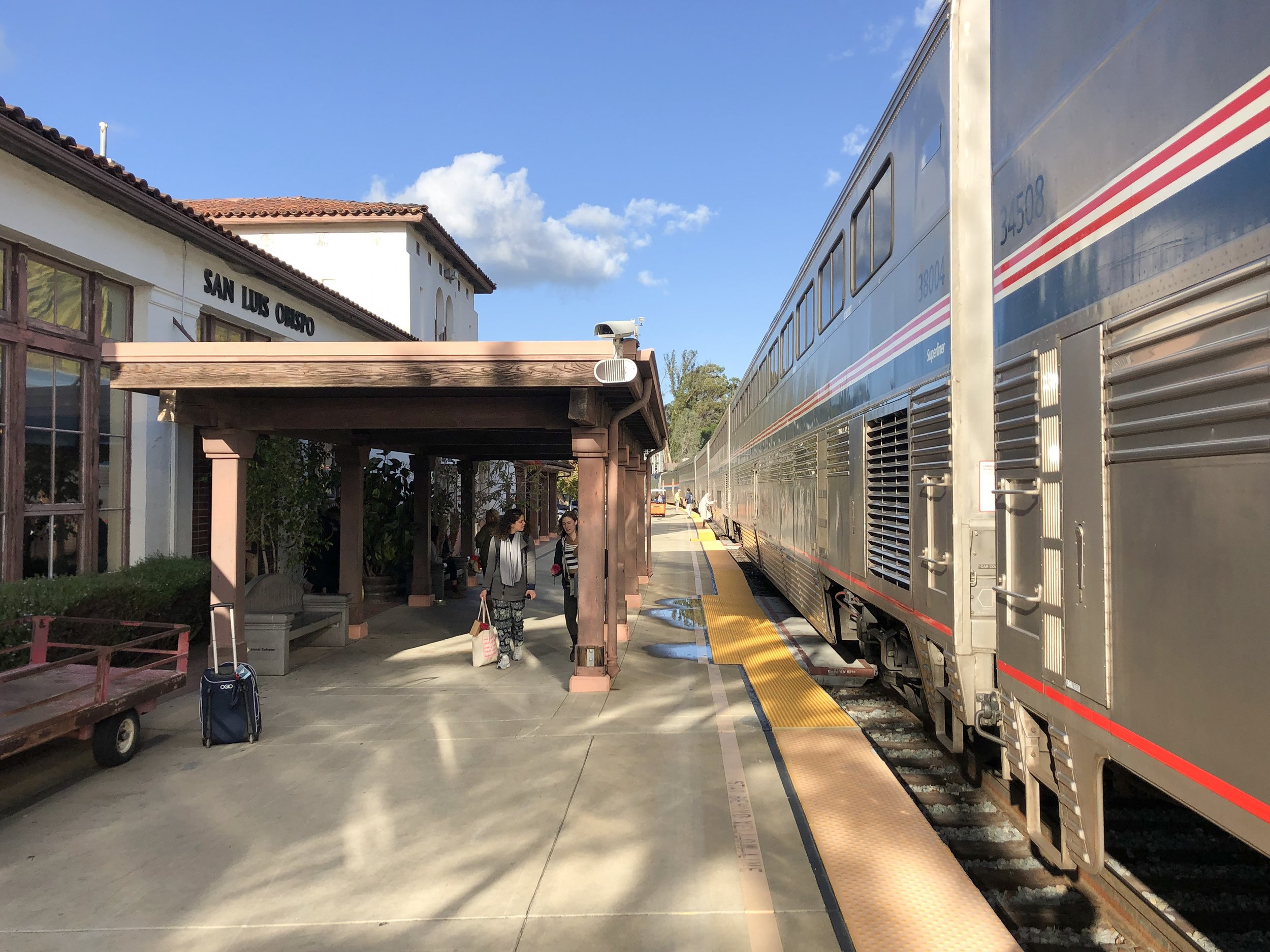 Small station at San Luis Obispo, California serves both long haul and city to city routes