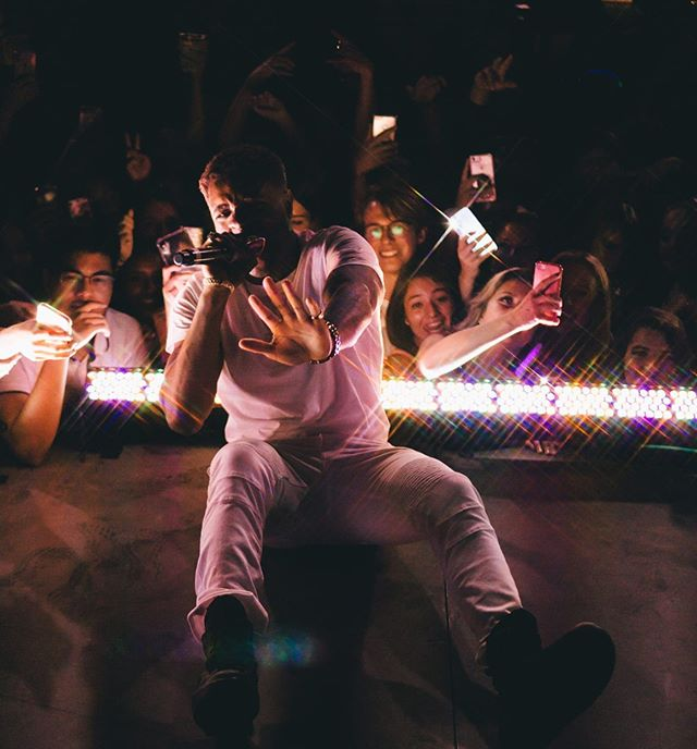 Nothing compares to the rush I get when performing for you guys 🙏🏾💯🔥💫⭐️ Get tickets for my Album Release Party in my Bio 🔥🔥🔥🔥🔥🔥🔥🔥🔥📷: @hectoromooba  #yeg #yyz #yvr #yyc #unknown #calgary #tyga #fashion #artist #photography