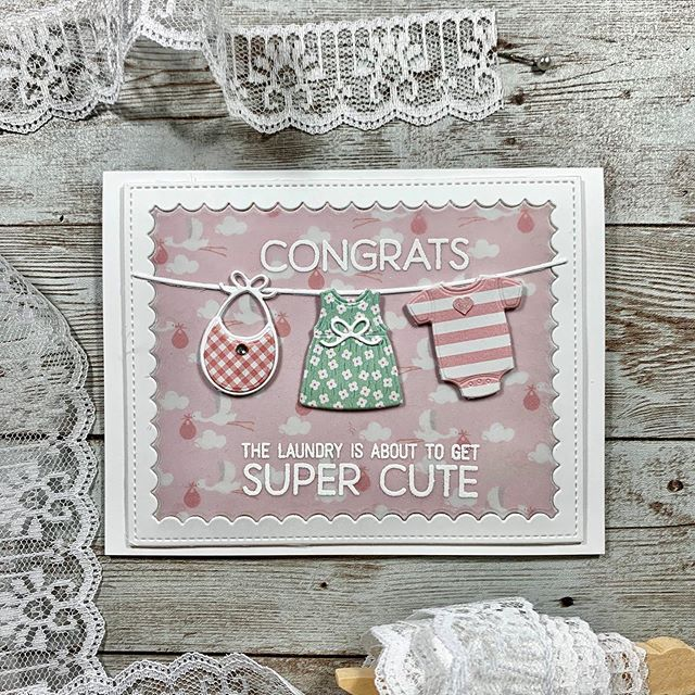 Happy Fourth of July!🎉 I'm sharing this super sweet baby card that I made for my daughters friend who is expecting. 👨‍👩‍👧