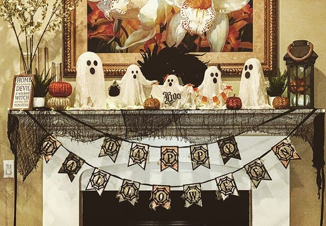 Getting the house ready for Halloween! 🦇👻🎃