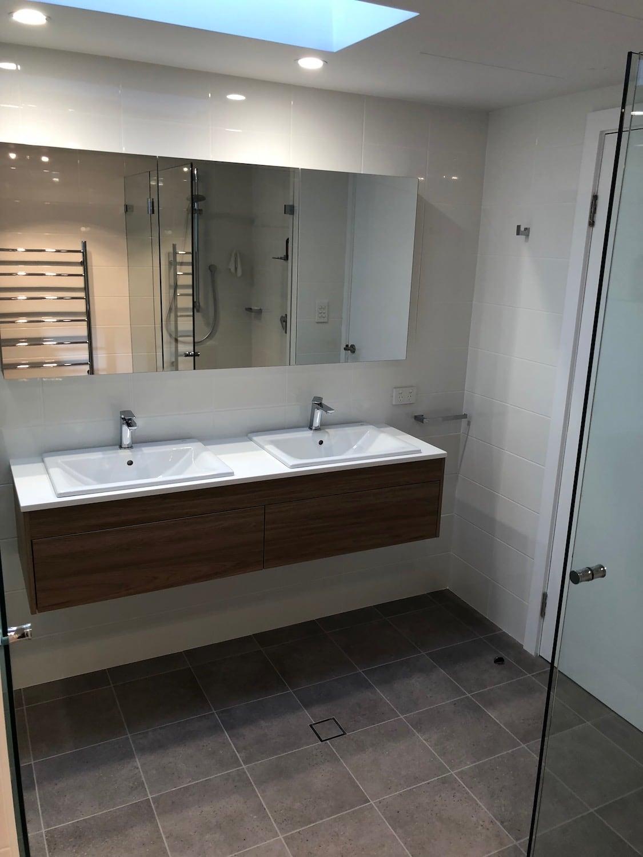 Pearl beach bathroom AFTER 3#.JPG