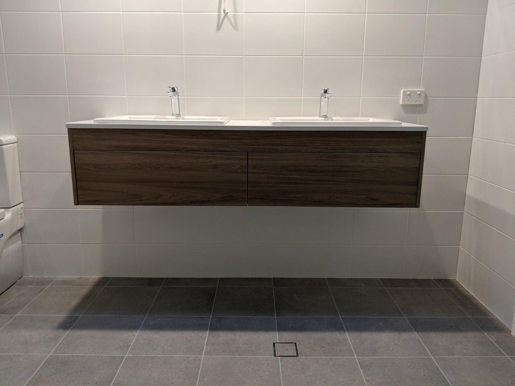 Pearl beach bathroom after.JPG