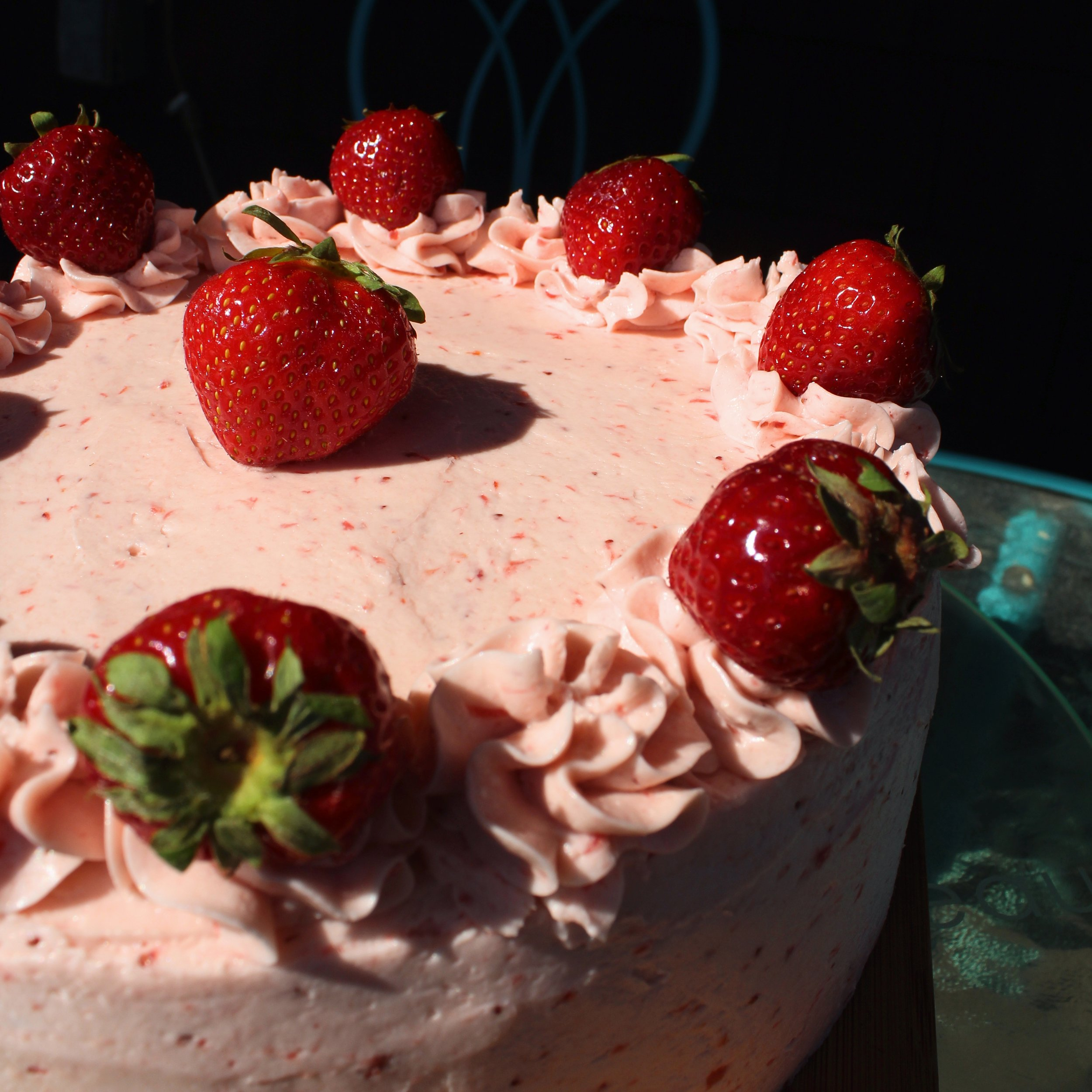 Strawberry Cake 2.jpg