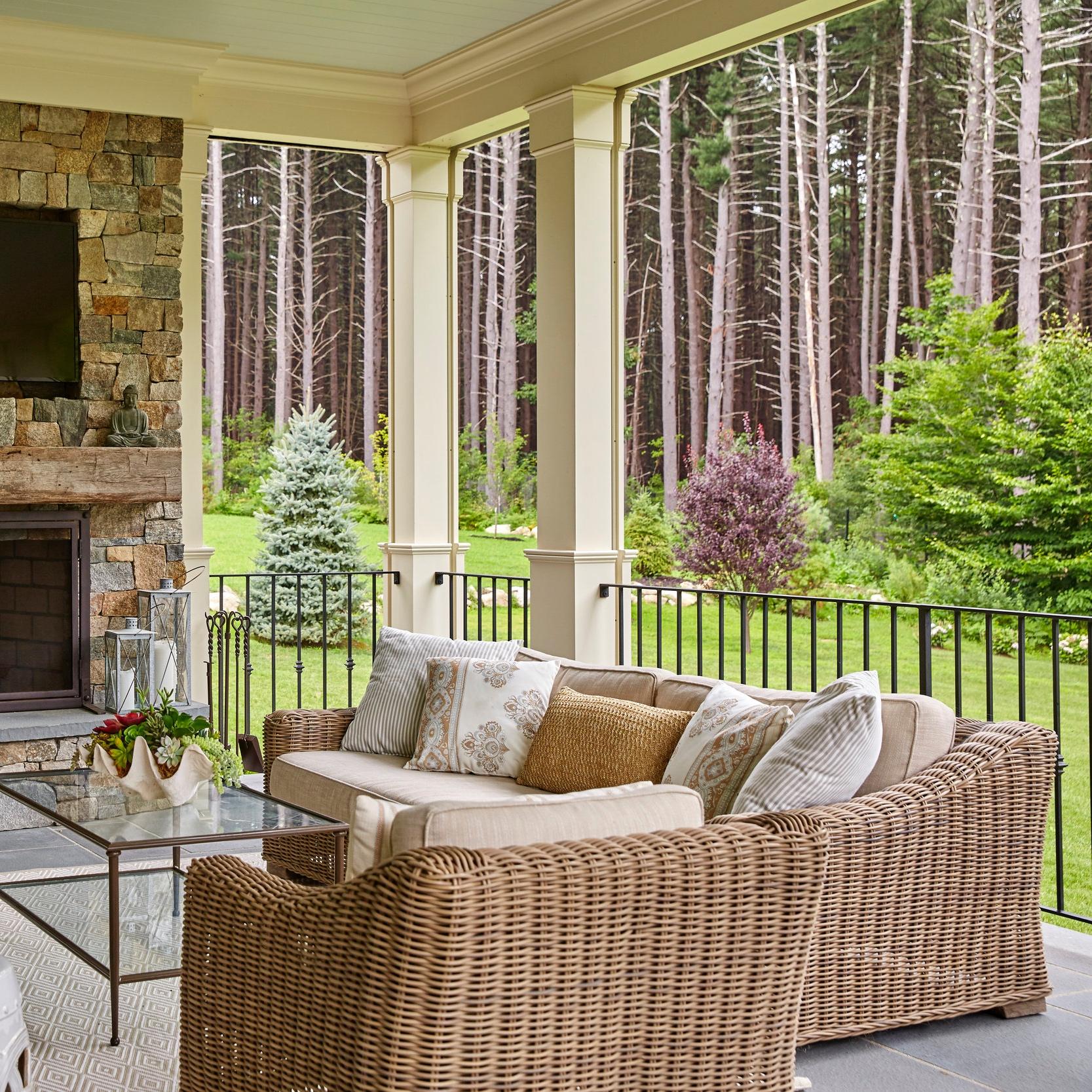 Porches & Railings -