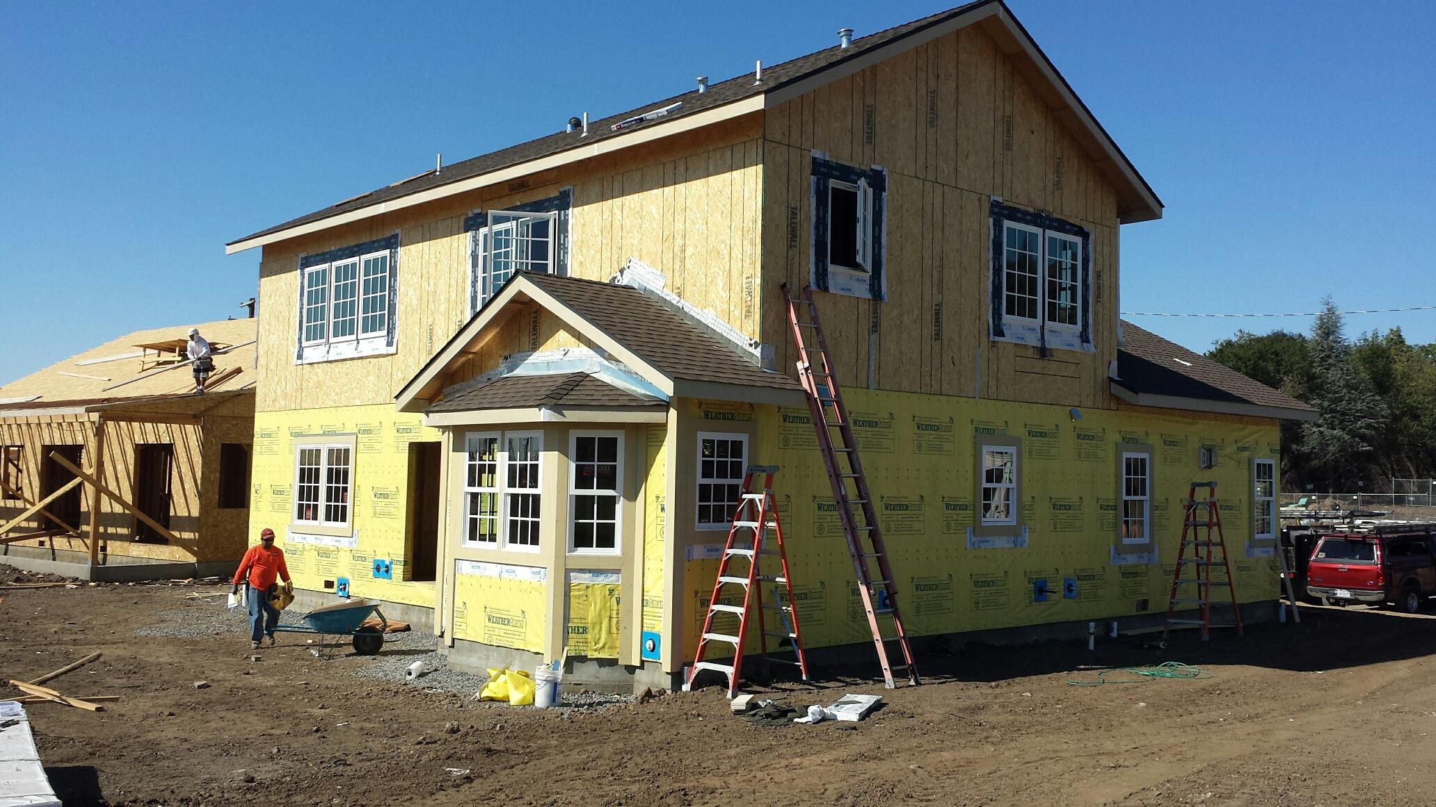 10-19-18 Roof is On (2).jpg