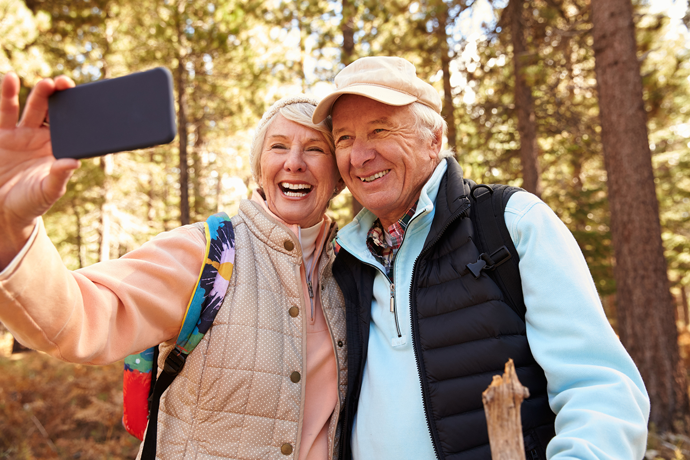 Elderly couple looking at phone.jpg