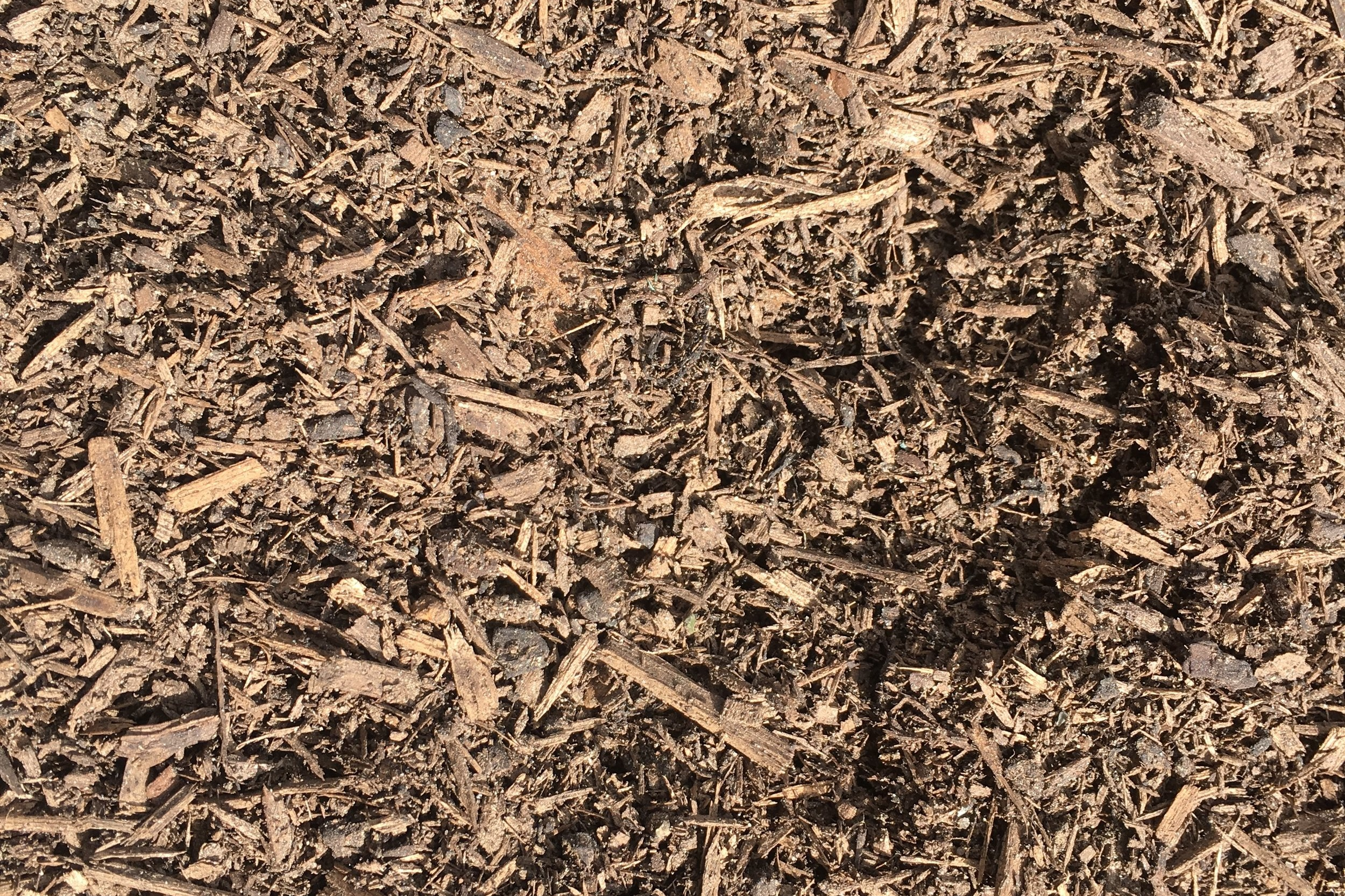 Certified Organic Premium Compost - Scientifically blended mix or pine bark, hardwood saw dust, cow manure, organic seaweed extract and coir peat, all certified organic materials. The blend is composted for up to 12 weeks with constant monitoring of core temperatures and nutrient levels.