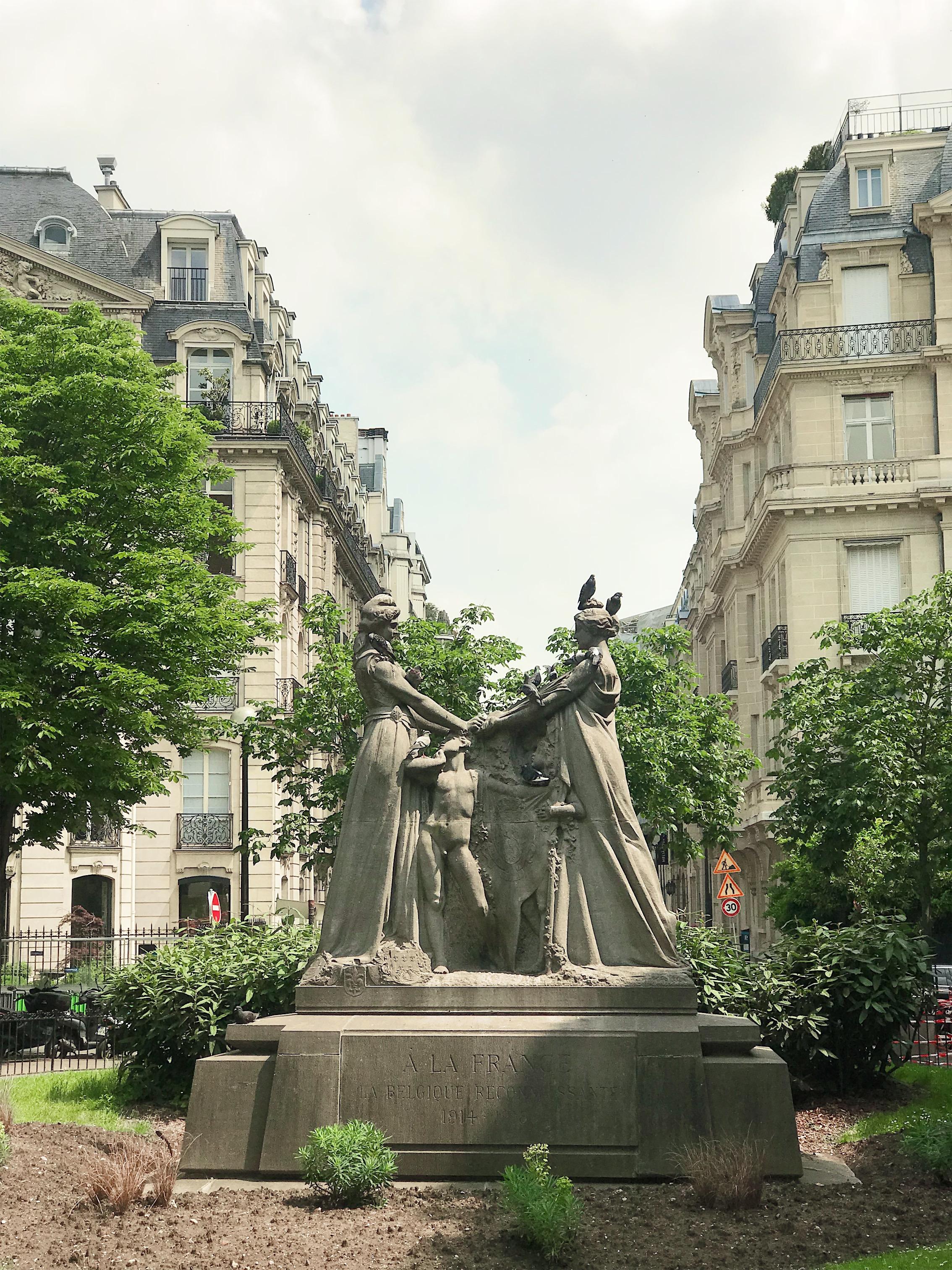 Sculpture in the 8th, Champs-Elysées, Paris