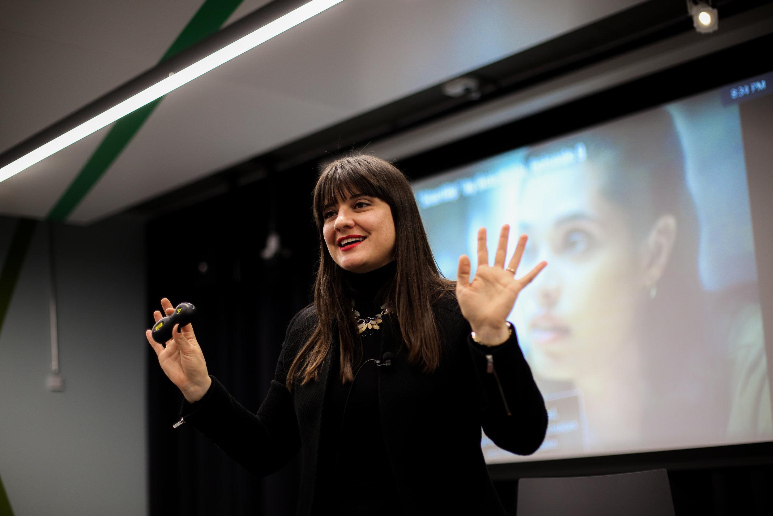 """""""Die Zukunft der Arbeit gehört den Menschen."""" - Dr. Tina Ruseva, Veranstalterin BIG & GROWING"""