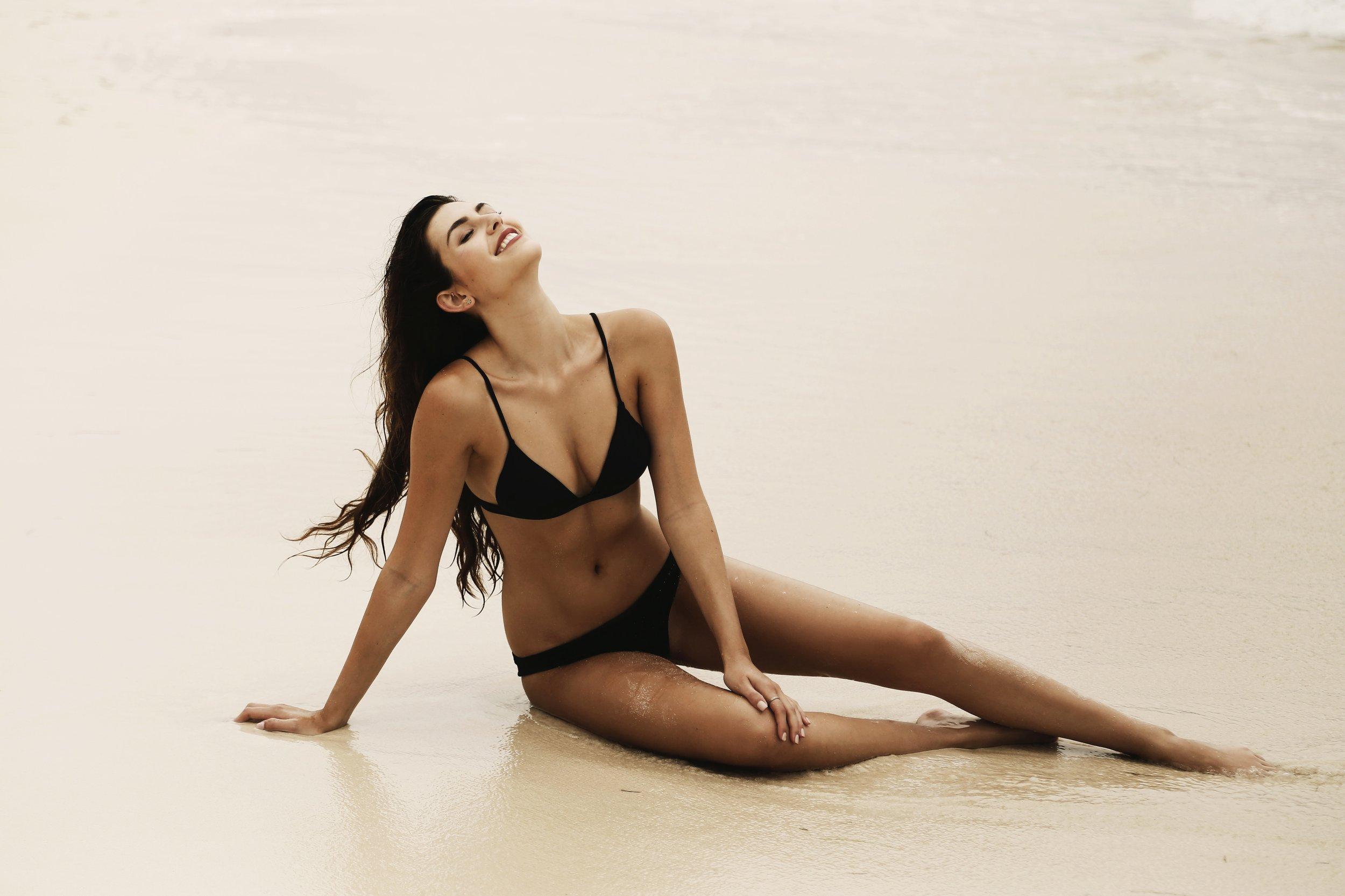 Cancun Onia Swim Model Julia Friedman