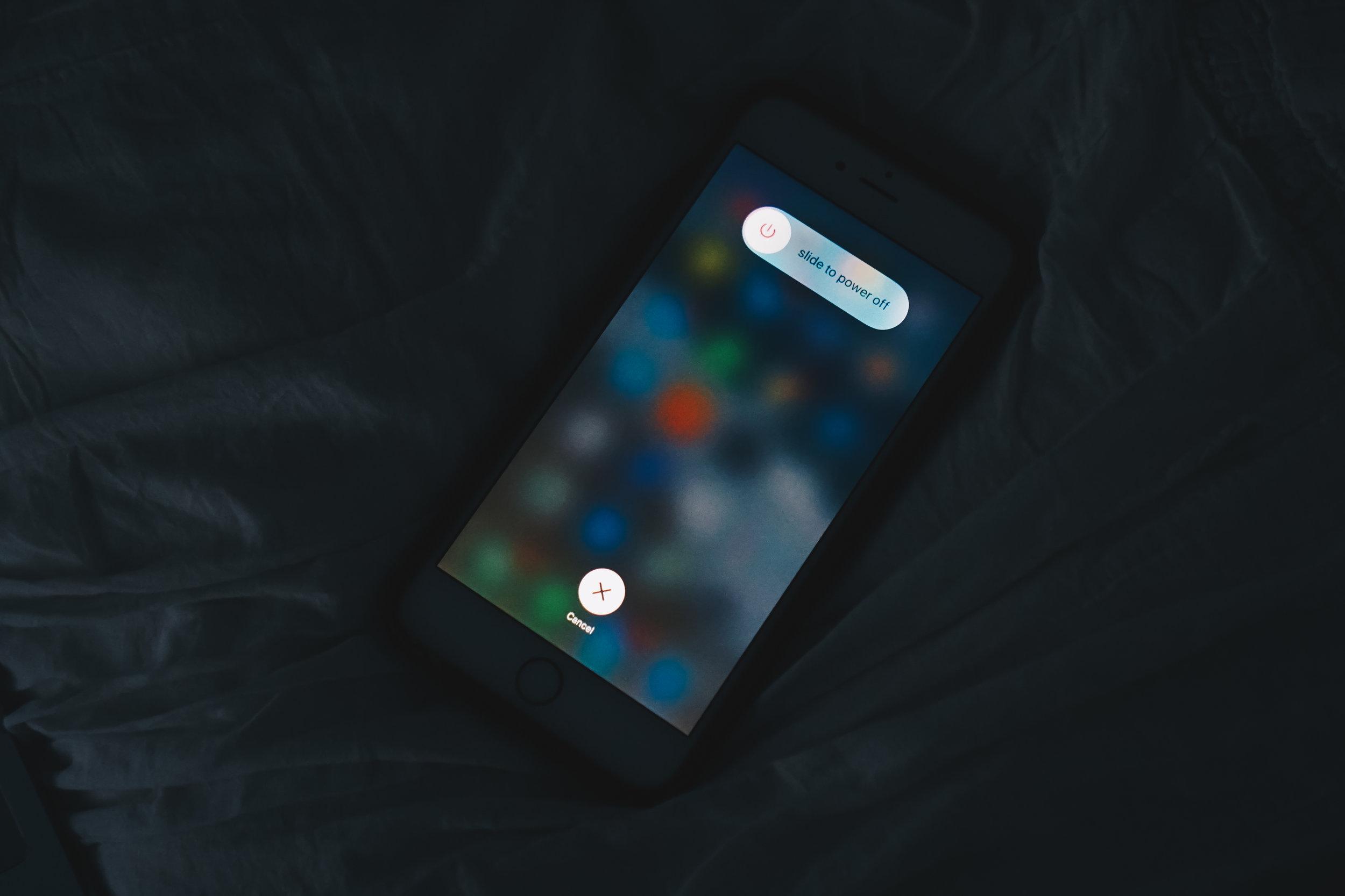 benefitsofpoweringdownyourphone-2.jpg