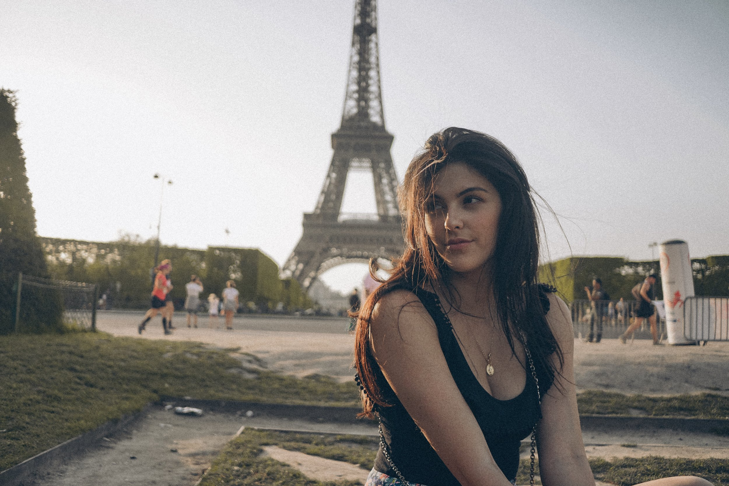 Paris for the Weekend Julia Friedman eiffel tower wearing sezane