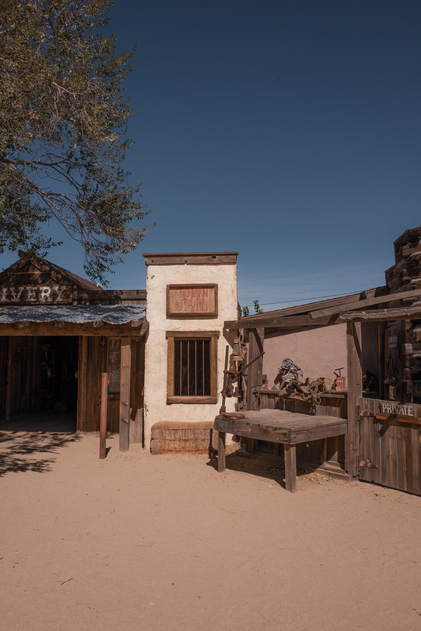 pioneer town Joshua tree guide