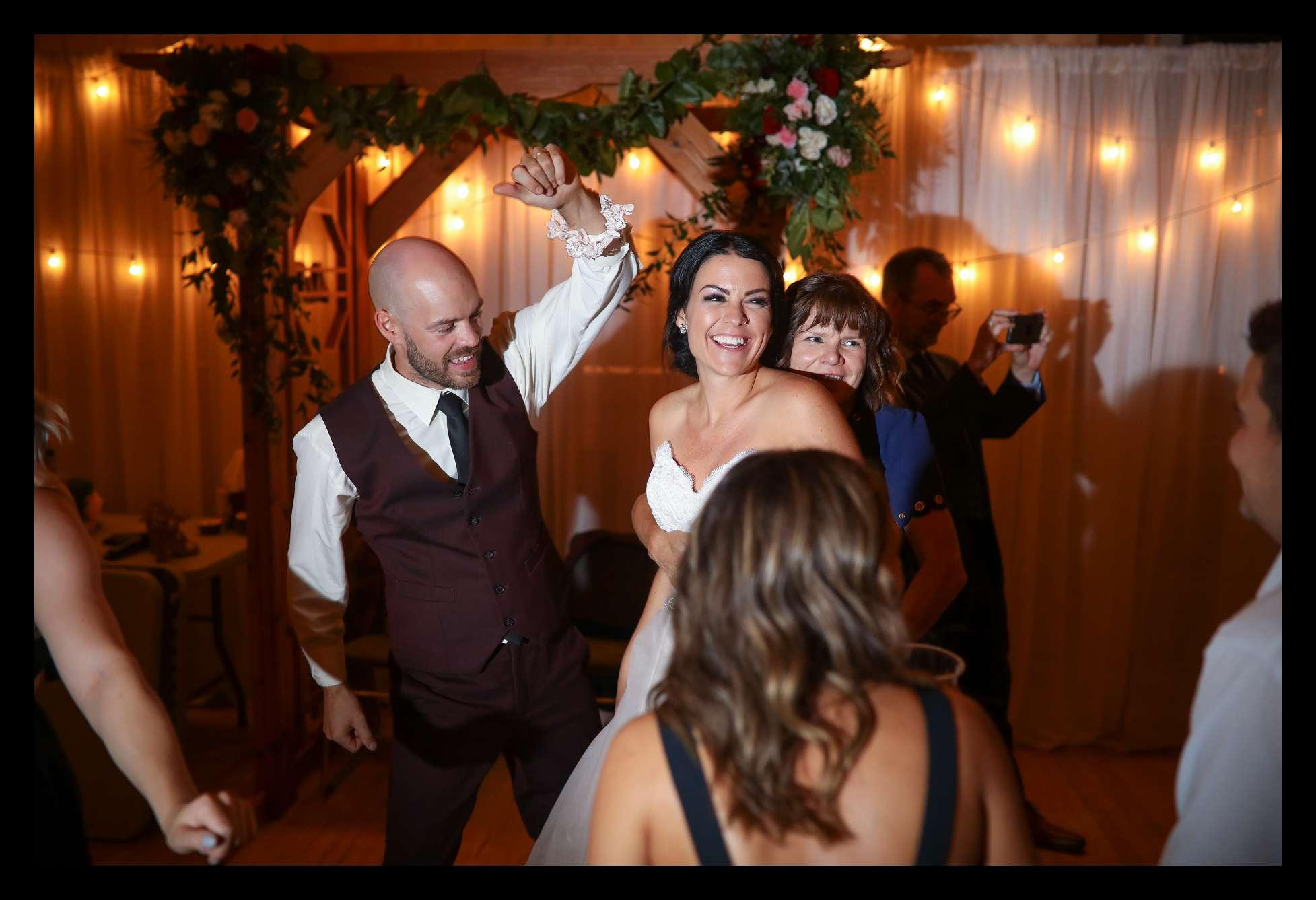 Banff Wedding Photographer Moody_0287.jpg