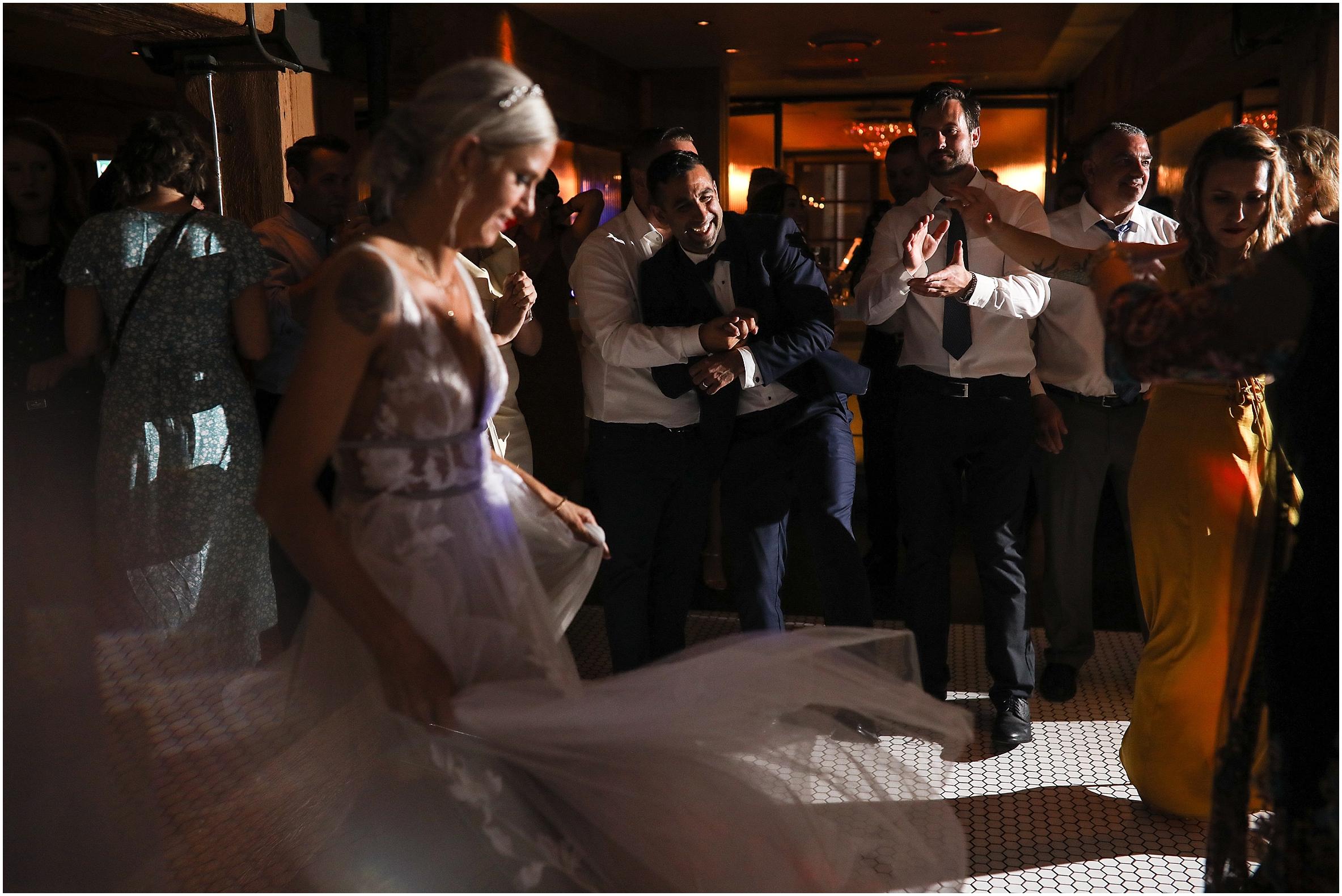 vancouver-wedding-photographer-the-loft-earls-yaletown_0034.jpg