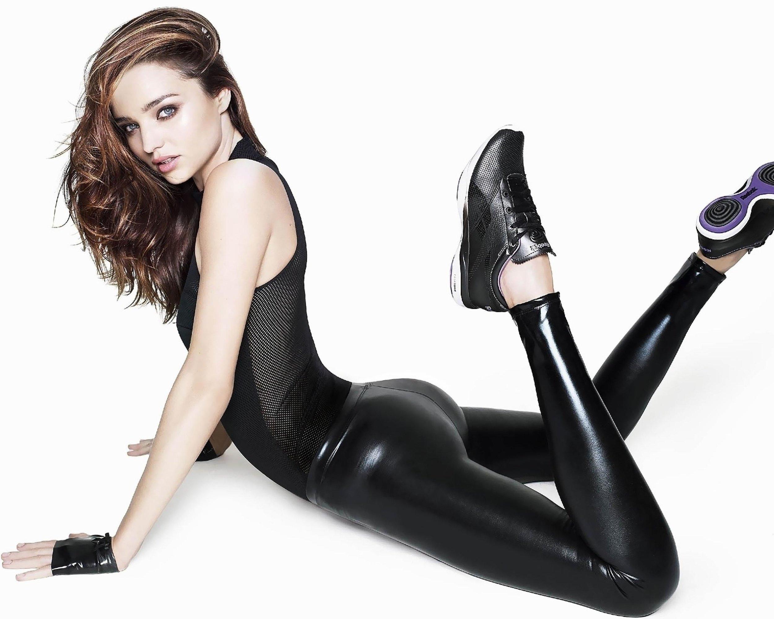 Wallpapersxl Miranda Kerr Reebok Up Net 360702 2560x2048-1.jpg