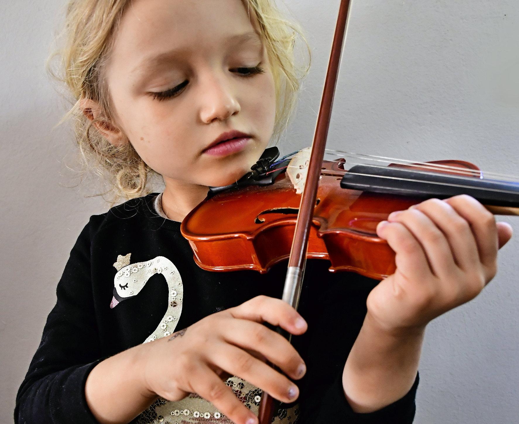 _DSC4735 Montessori at home marketing music program.jpg