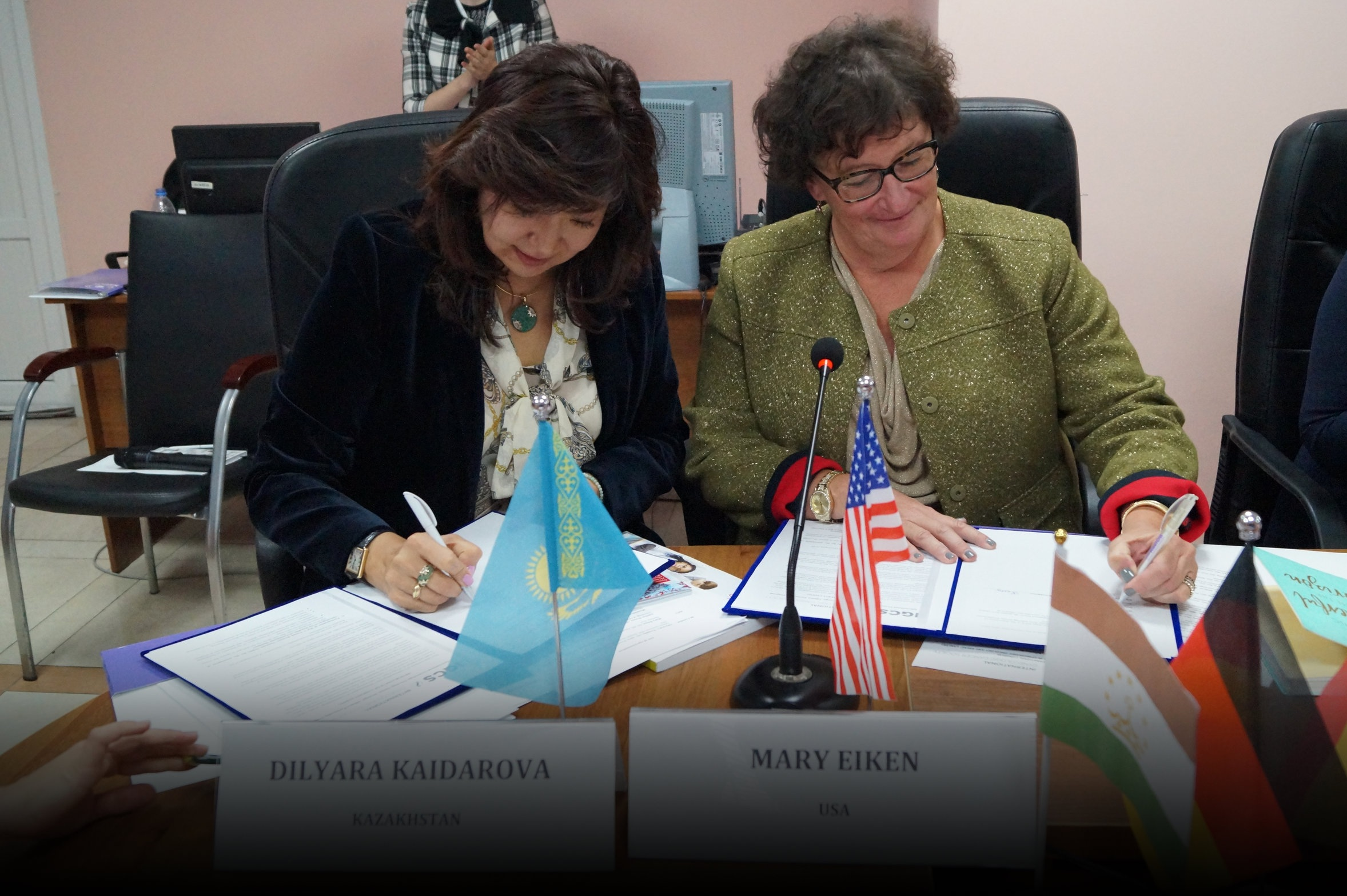 Kazakhstan and Uzbekistan join the IGCS Strategic Alliance Partnership in Almaty, Kazakhstan, 2017