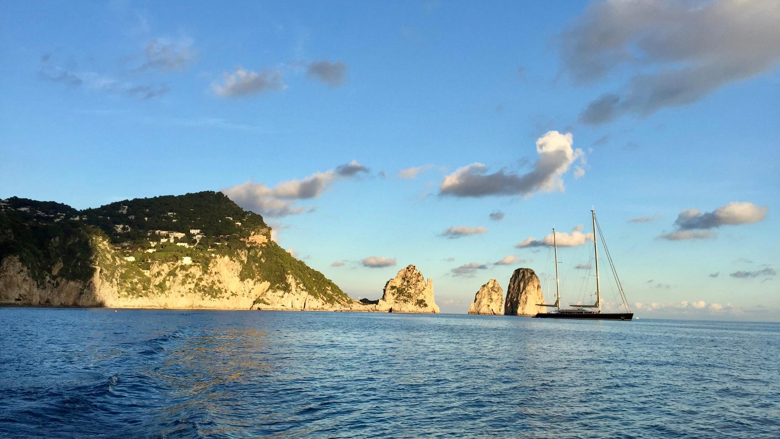 Sailing between the Faraglioni - Capri