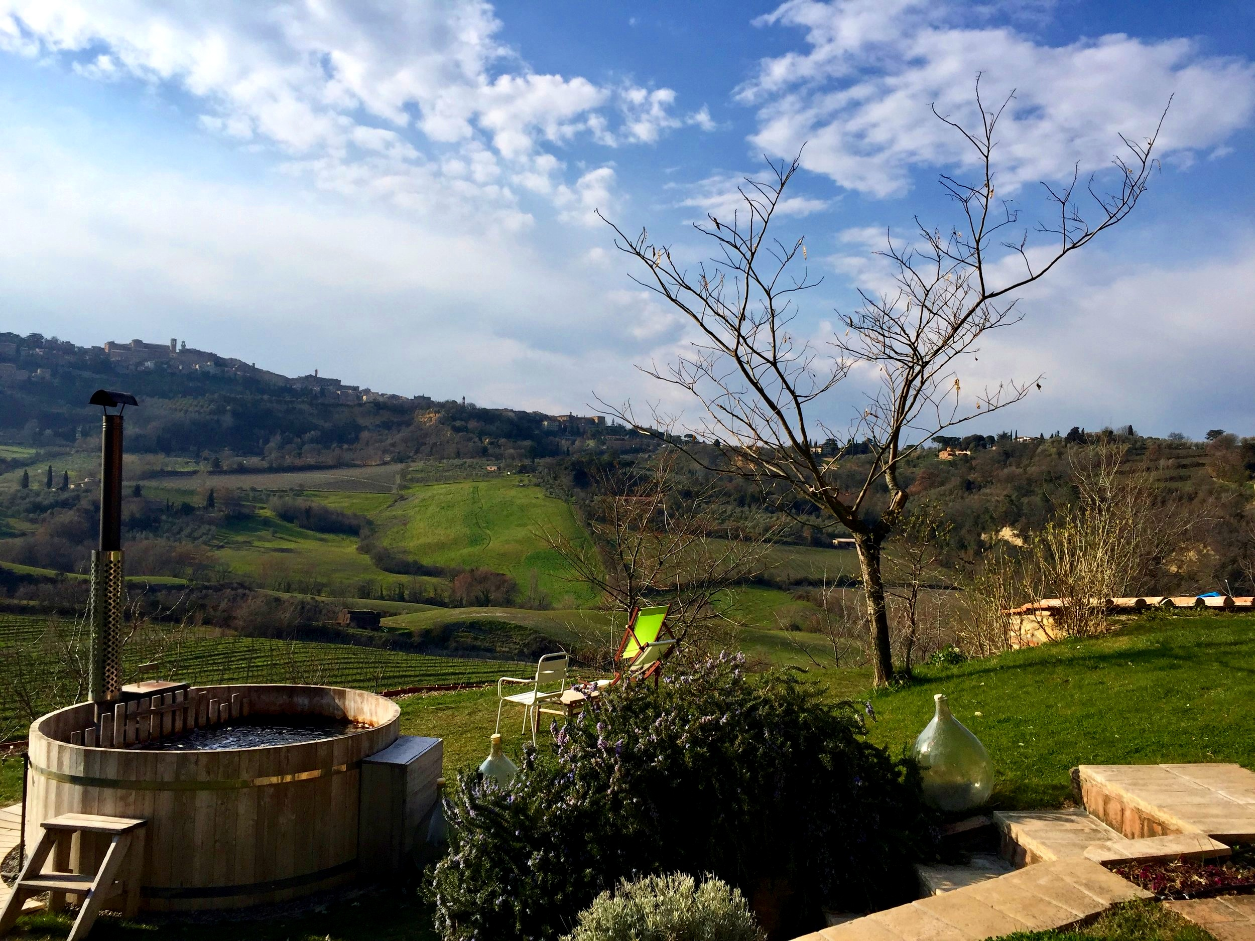 Scenic rolling hills of Val d'Orcia and warm hospitality - Montepulciano
