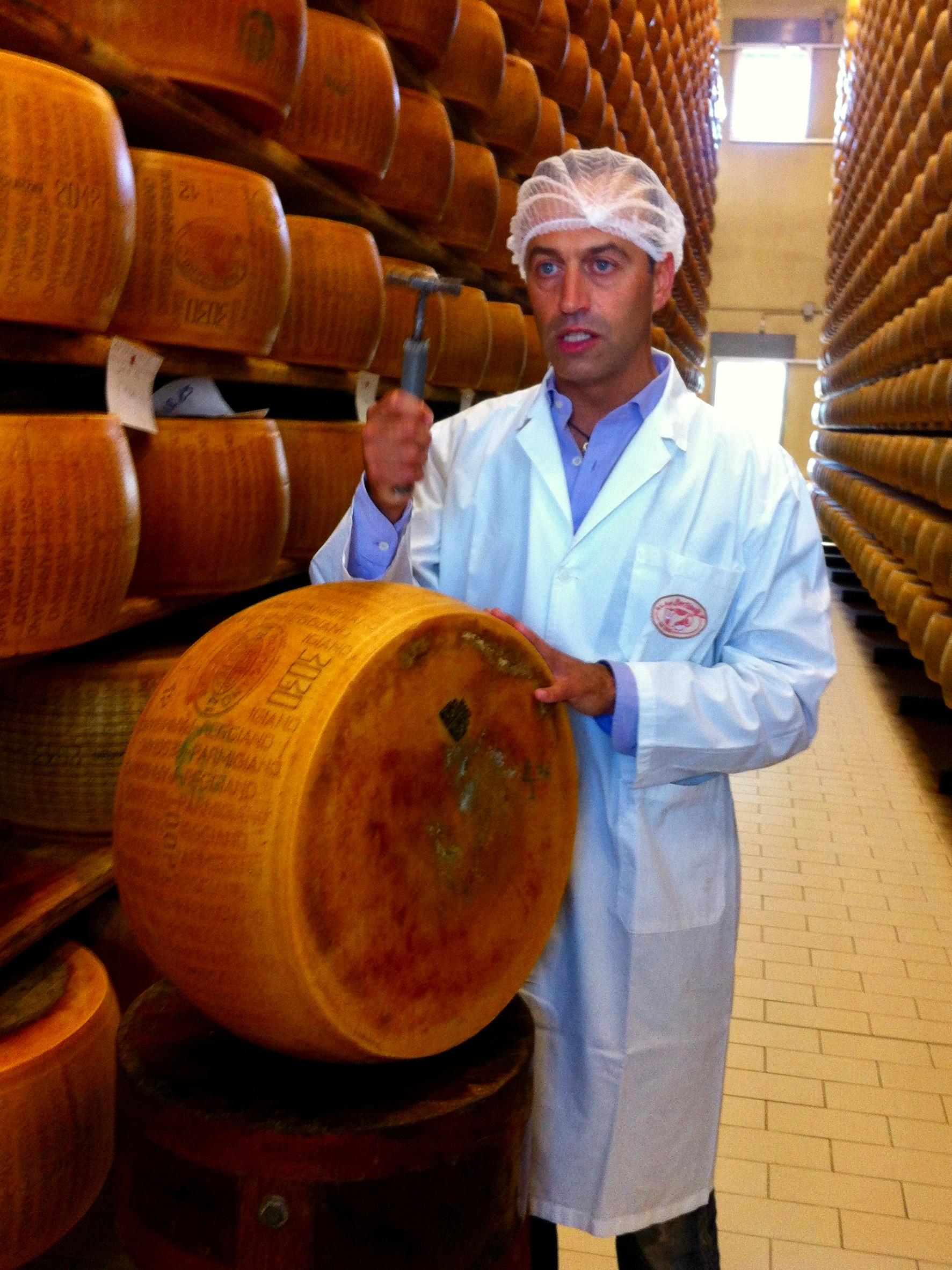 Parmigiano Reggiano DOP visits and tasting