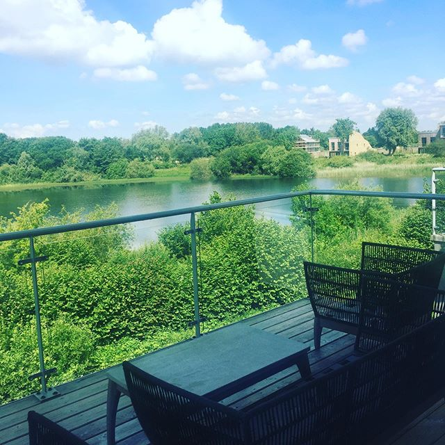 Enjoying time at Cotswolds holiday home ❤️ #cotswolds #lowermillestate #holidayhome #love #lake