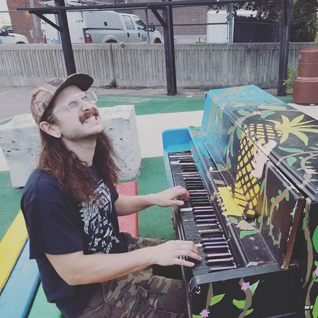 Throwback to our shorten Canadian tour from a few weeks ago. Here's Jeff rocking some street music to the good folks of Sault-Ste-Marie.  #Warsenal #thrashmetal #speedmetal #metal #heavymetal #canadianmetal #tour #saultstemarie #streetmusic #rock #voivod #rainbow #tbt #throwbackthursday #throwback #piano #pinneaple