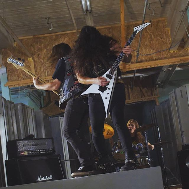 ***NEW SINGLE*** coming out TOMORROW !! Stay tuned and start warming up your neck.  #Warsenal #thrashmetal #speedmetal #metal #heavymetal #canadianmetal #newmusic #music #musicvideo #svartrecords #khdkelectronics #jacksonguitars #marshall #pearldrums #tomorrow