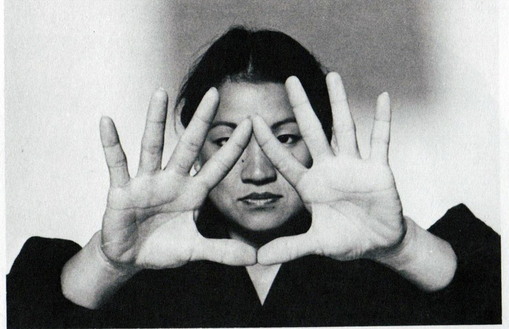 "Mudra is ""seal of the ring of the sun.""  Mantra is, On chirichi iba rotaya sowaka. (Glory to Divine perfection, o'ṃ)"