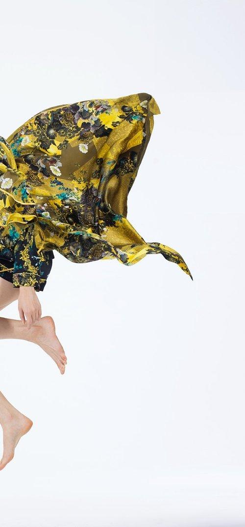 Meng womenswear loungwear luxury silk printed kimono trouser yellow 7-PP.jpg