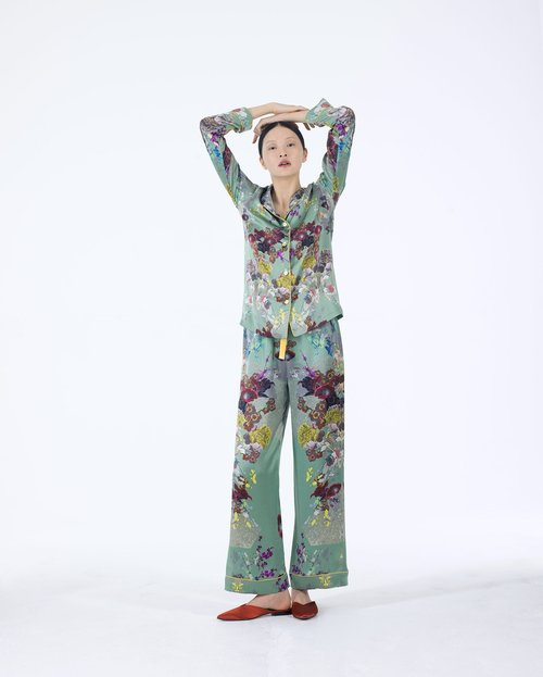 MENGLight Green Pyjama Set with Purple and Yellow Large Floral Detail