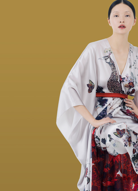 MENG White Kimono with Red Flower and Peacock